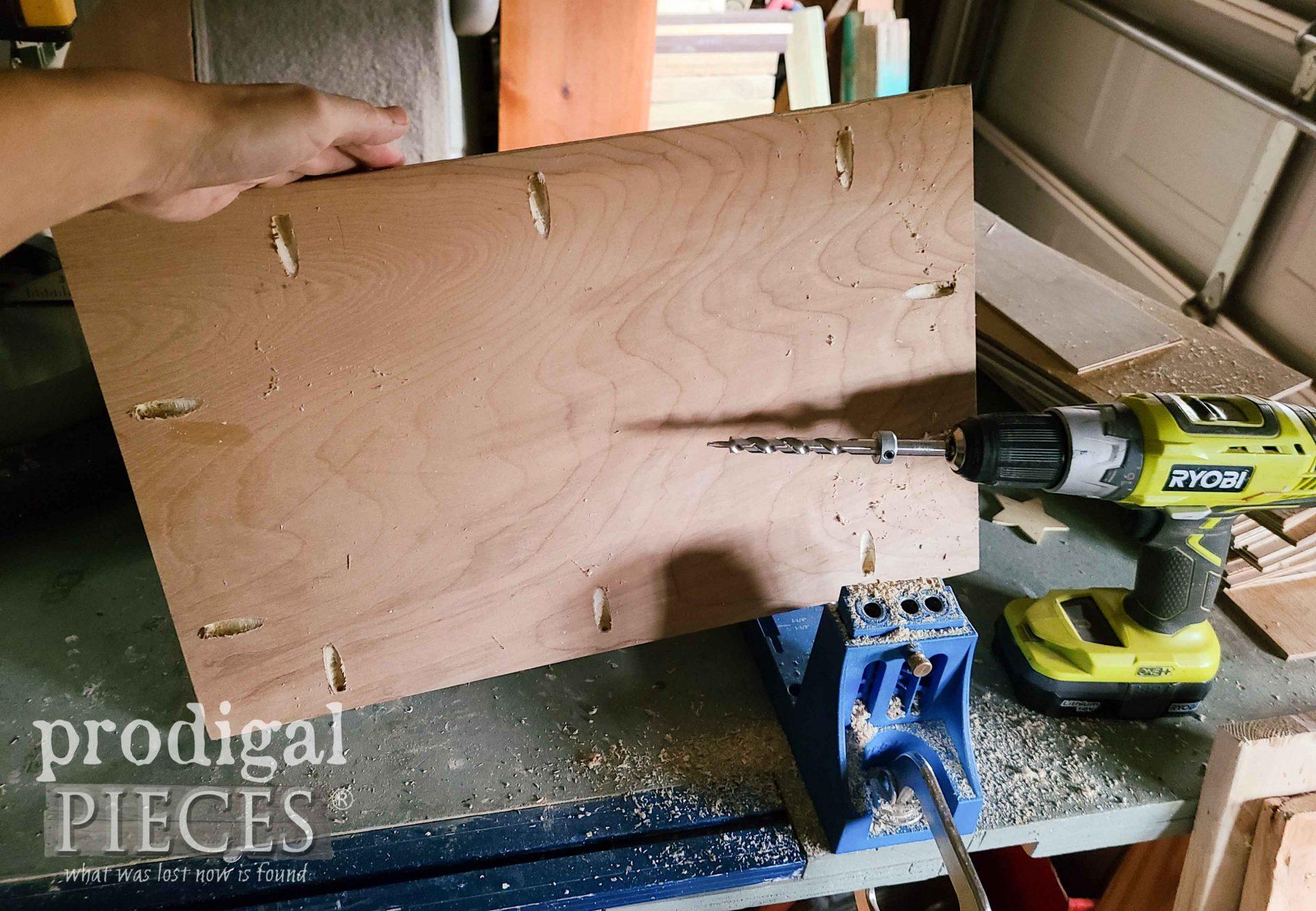 Kreg Pocket Hole Jig for DIY Harvest Sign by Prodigal Pieces | prodigalpieces.com