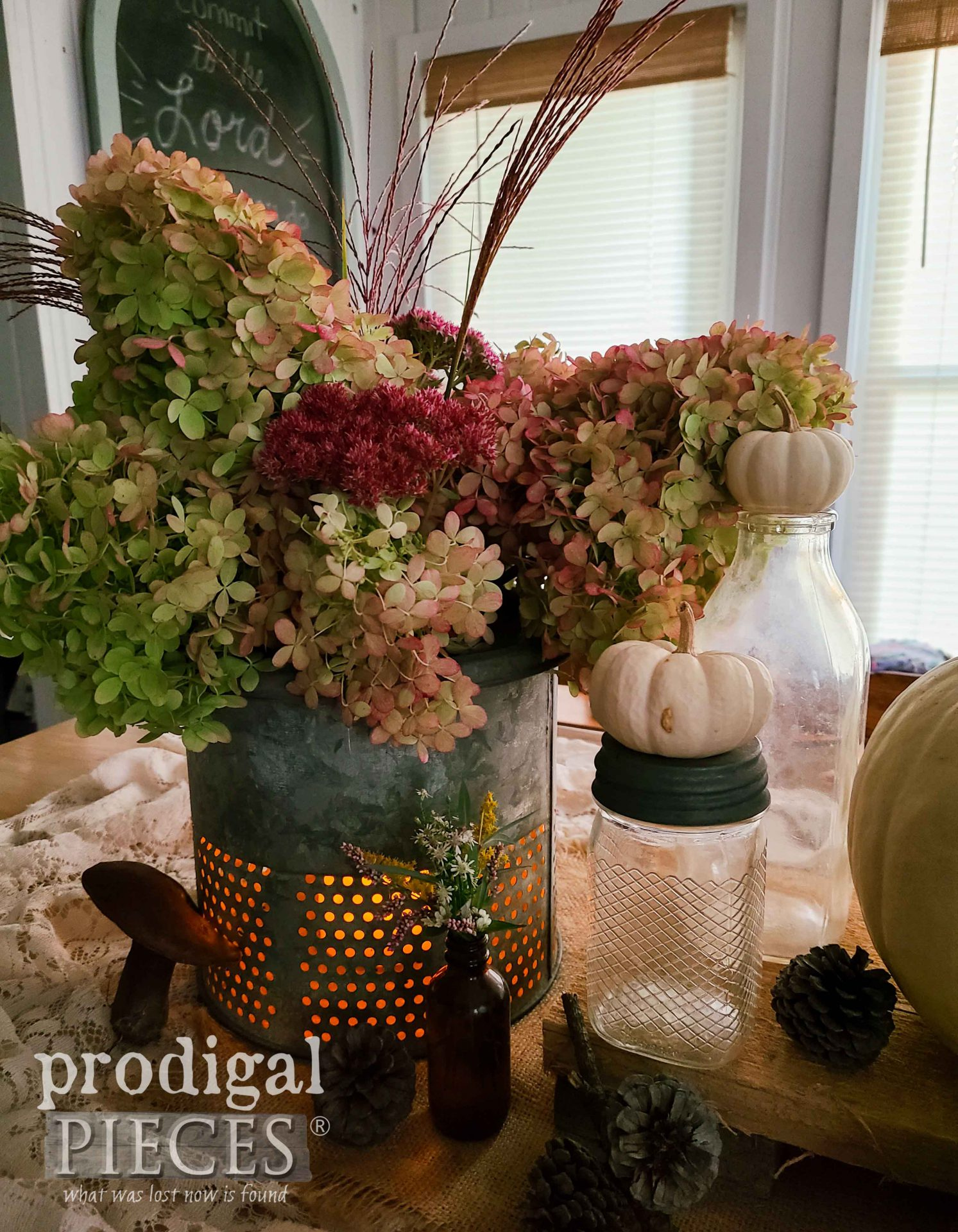 Rustic Minnow Bucket Lantern by Larissa of Prodigal Pieces | prodigalpieces.com #prodigalpieces #farmhouse #fall #home #upcycled