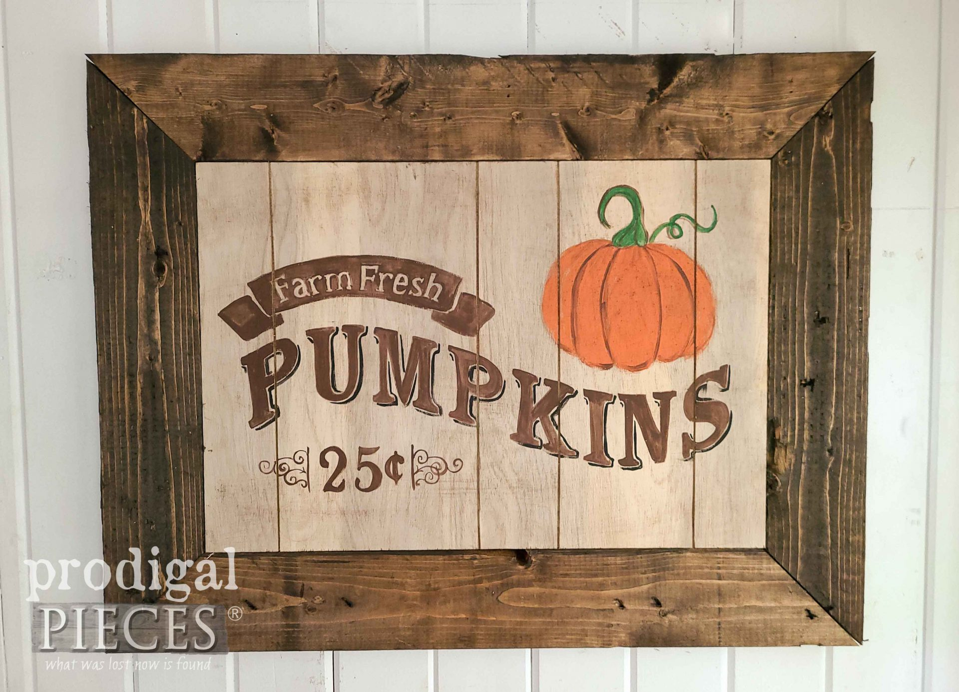 Rustic Farmhouse Harvest Sign with Pumpkin by Prodigal Pieces | prodigalpieces.com #prodigalpieces #fall #home #diy #reclaimed #homedecor