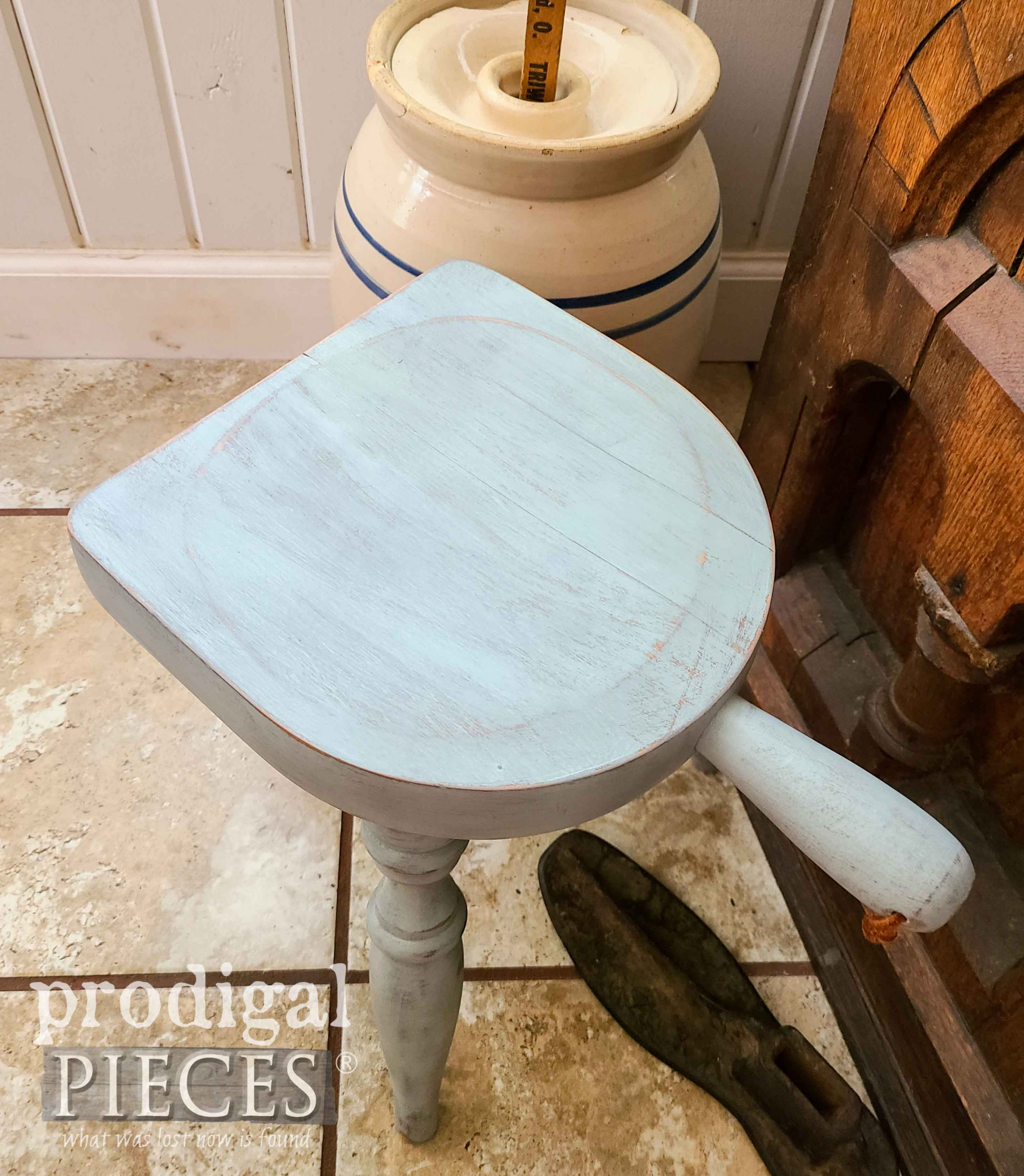 Top of Farmhouse Milking Stool for Mini Thrift Store Makeovers by Prodigal Pieces | prodigalpieces.com #prodigalpieces #diy #home #farmhouse