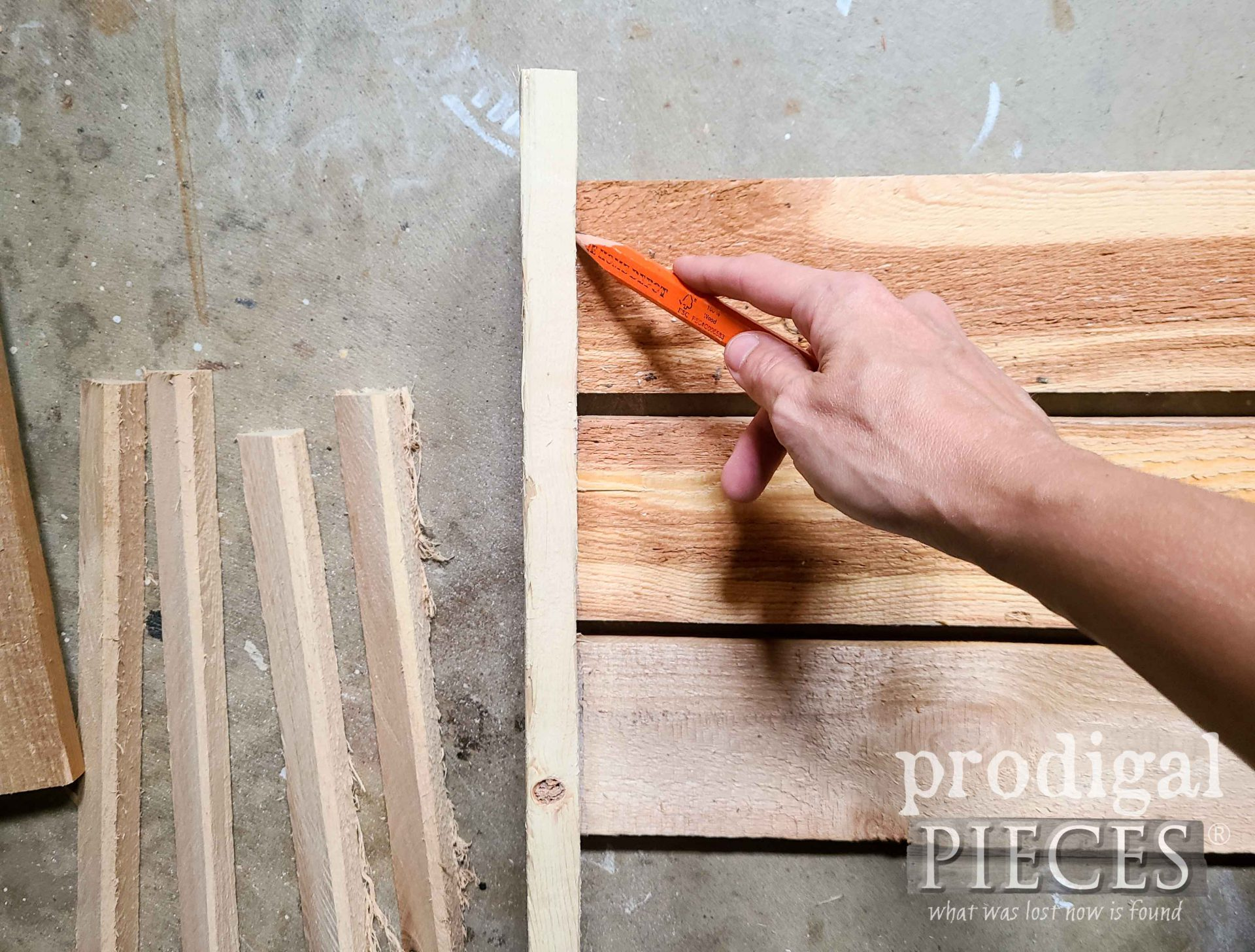 Tracing Crate Edge for DIY Antique Crate | prodigalpieces.com