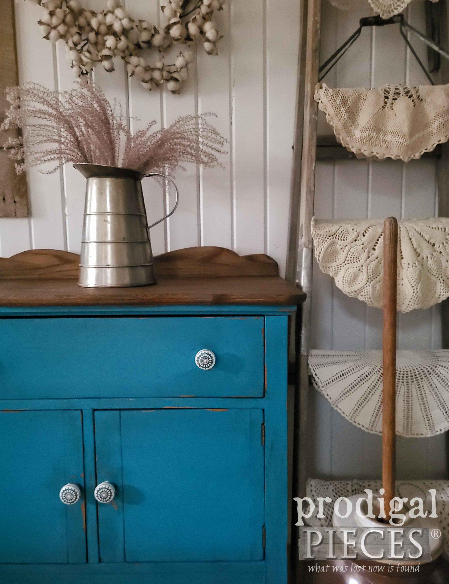 Beautiful Antique Wash Stand Farmhouse Decor by Larissa of Prodigal Pieces   prodigalpieces.com #prodigalpieces #farmhouse #antique #home #diy