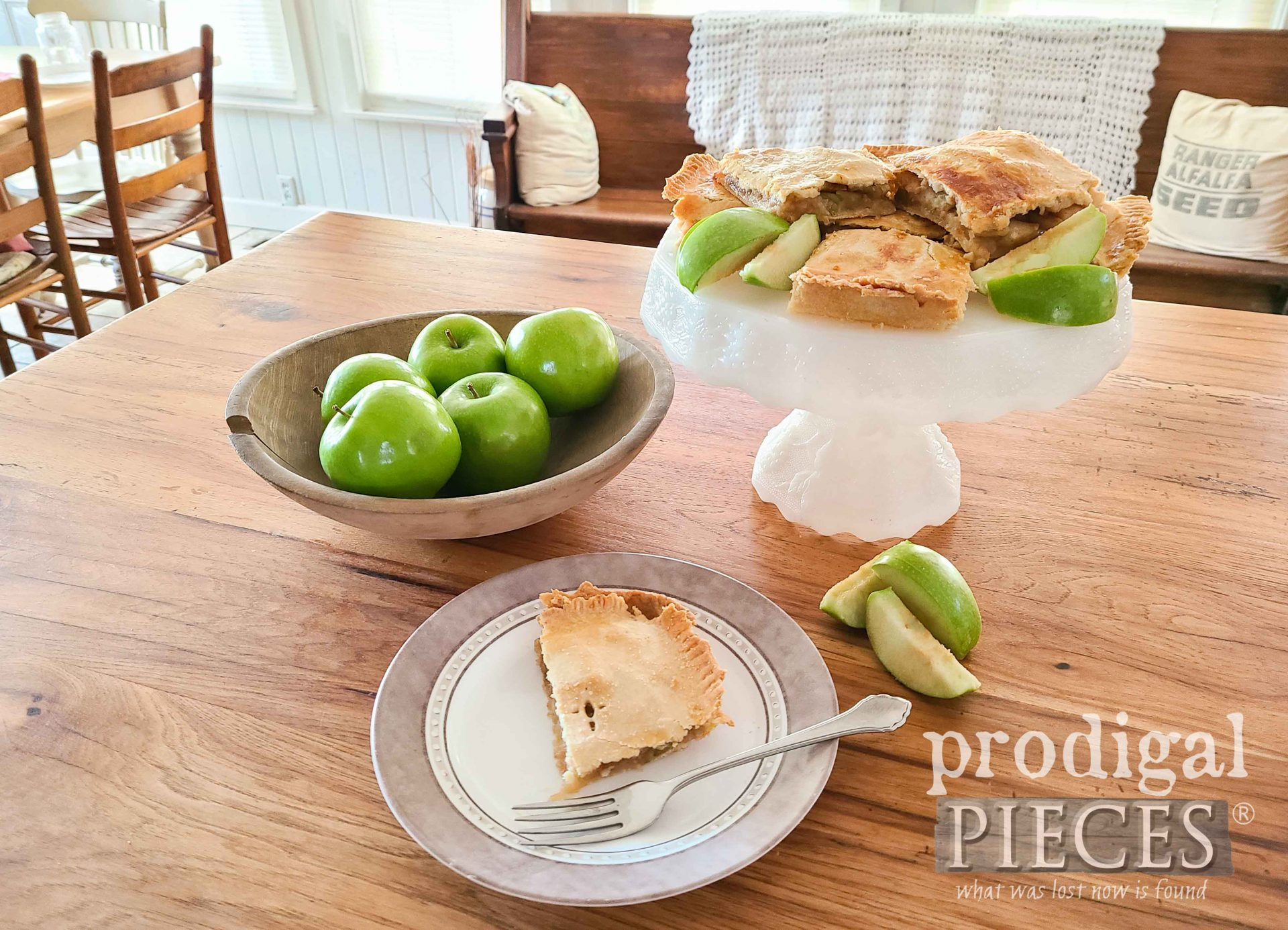 Baked Apple Jack Dessert Bars with Video Recipe by Larissa of Prodigal Pieces | prodigalpieces.com #prodigalpieces #food #recipe #dessert #thanksgiving