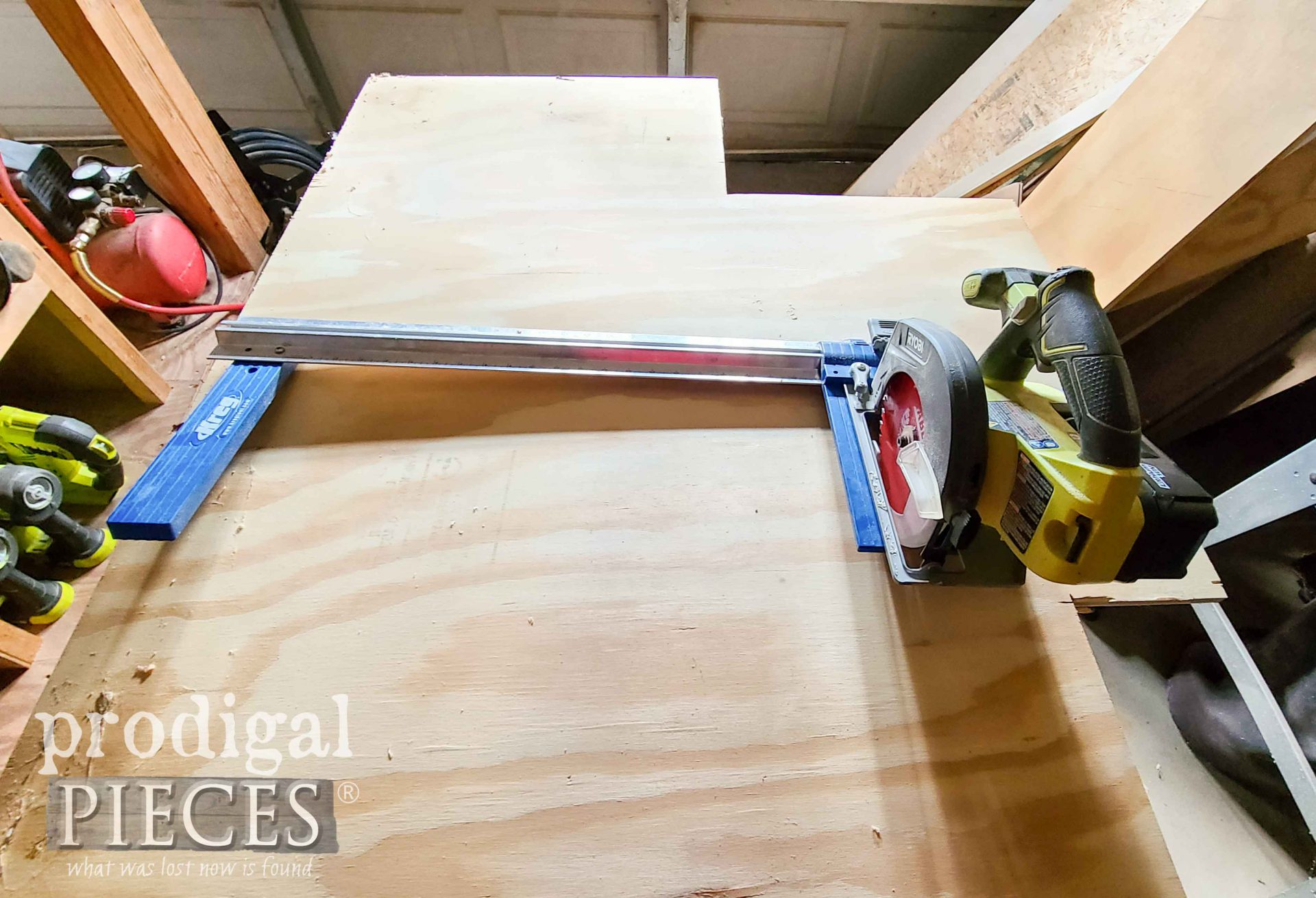 Cutting a Chicken Sign from Plywood with Rip Cut Jig | prodigalpieces.com #prodigalpieces
