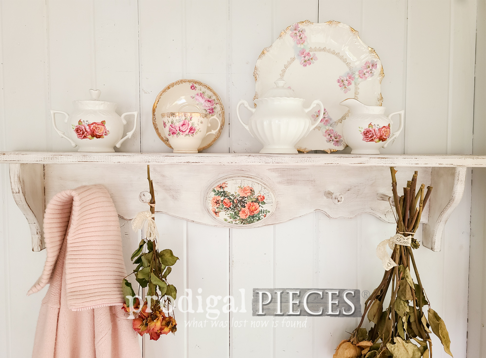 Featured Thrifty Decor Makeovers by Prodigal Pieces | prodigalpieces.com #prodigalpieces #diy #home #homedecor