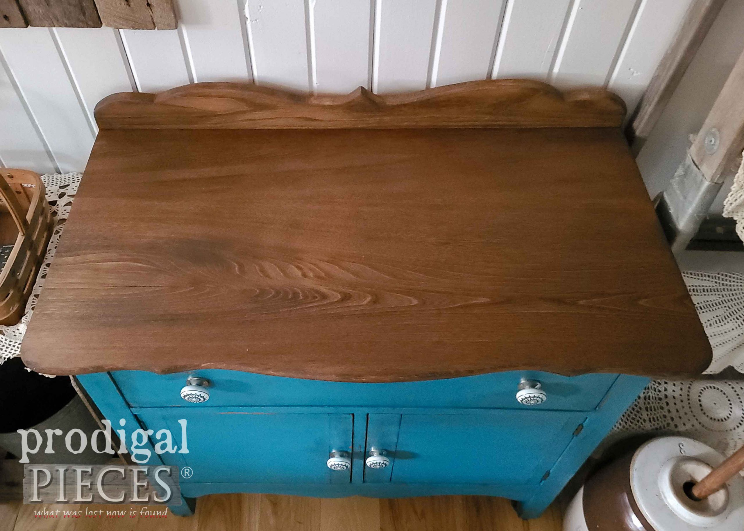 Finished Wash Stand Top Refinished by Larissa of Prodigal Pieces | prodigalpieces.com #prodigalpieces #farmhouse #diy #antique #farmhouse #home