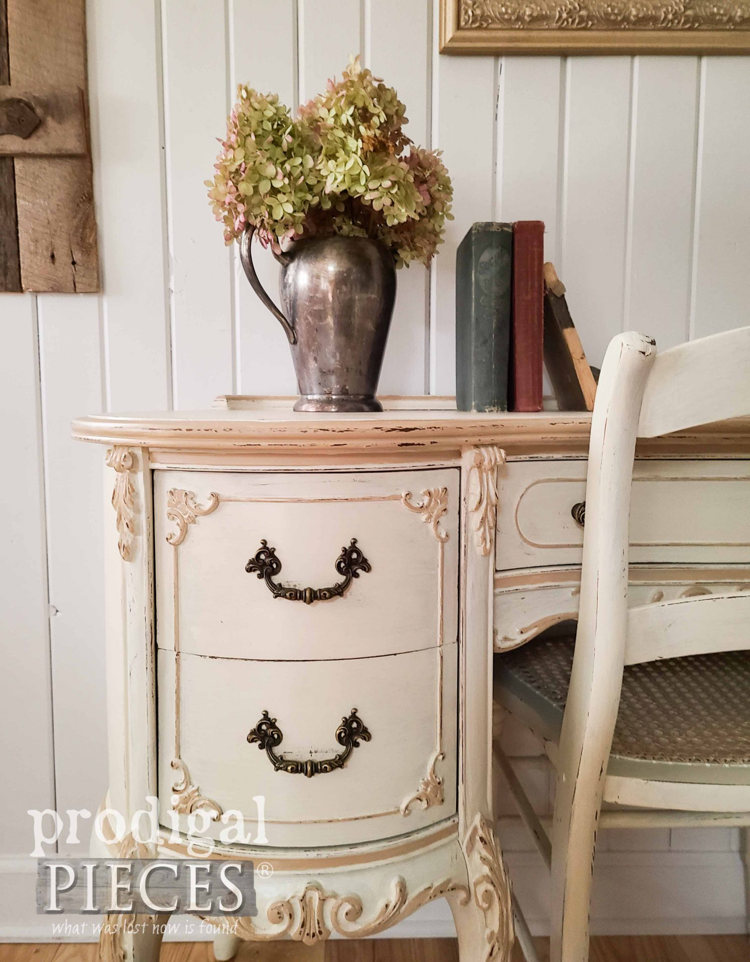 French Provincial Desk Drawers with Ornate Details by Larissa of Prodigal Pieces | prodigalpieces.com #prodigalpieces #furniture #home #homedecor #vintage #frenchprovincial