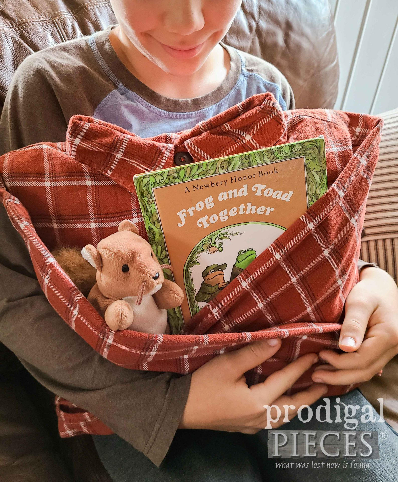 Huggable Upcycled Shirt Pocket Pillow Tutorial by Larissa of Prodigal Pieces   prodigalpieces.com #prodigalpieces #sewing #diy #upcycled #home #homedecor