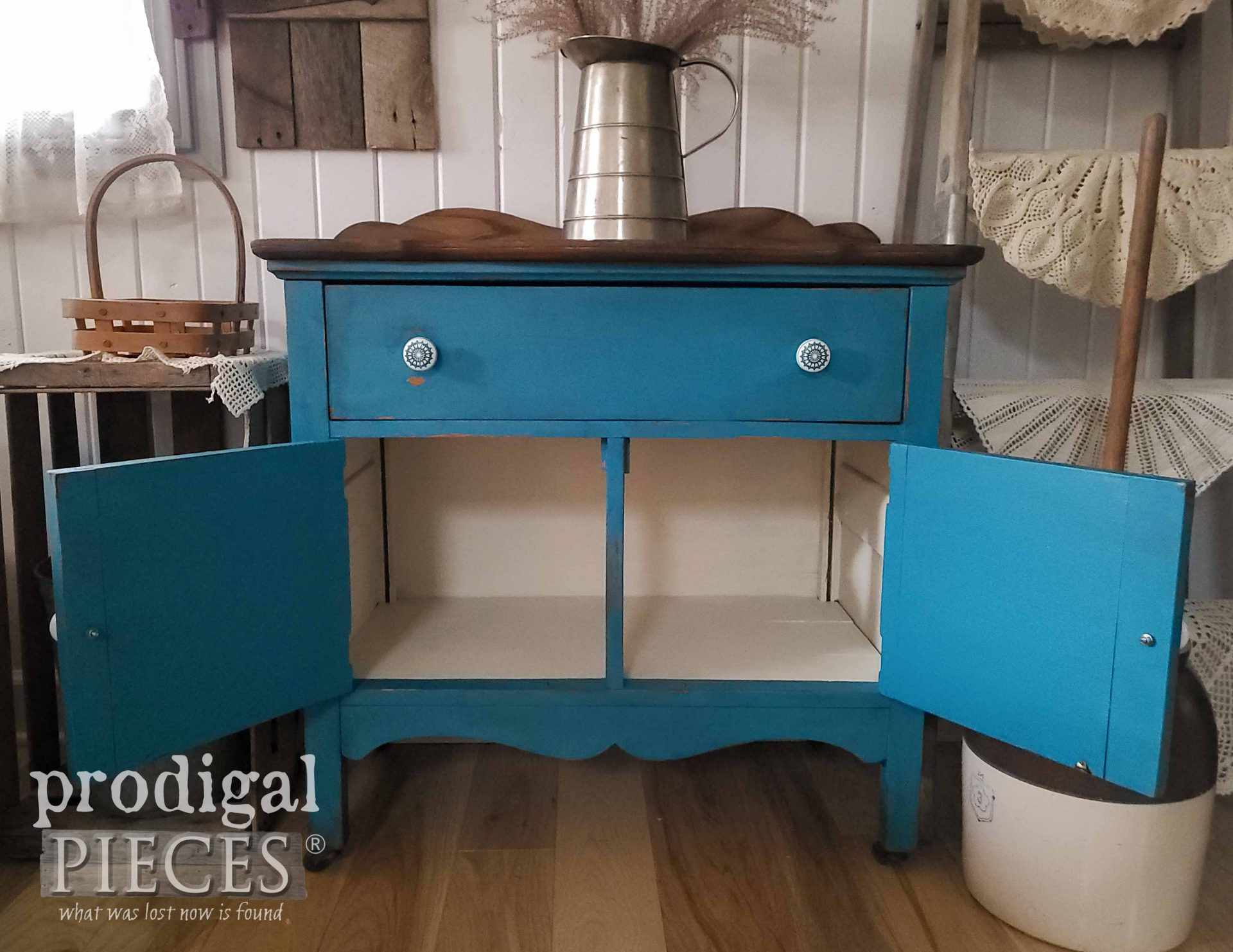 Open Farmhouse Wash Stand Interior by Larissa of Prodigal Pieces | prodigalpieces.com #prodigalpieces #diy #farmhouse #home #homedecor