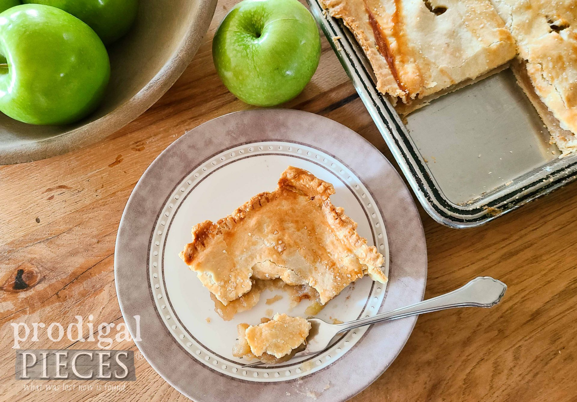 Rustic Apple Jack Dessert Recipe with Video Tutorial by Larissa of Prodigal Pieces | prodigalpieces.com #prodigalpieces #food #recipe #nomnom #baking #dessert #fall #apple #thanksgiving