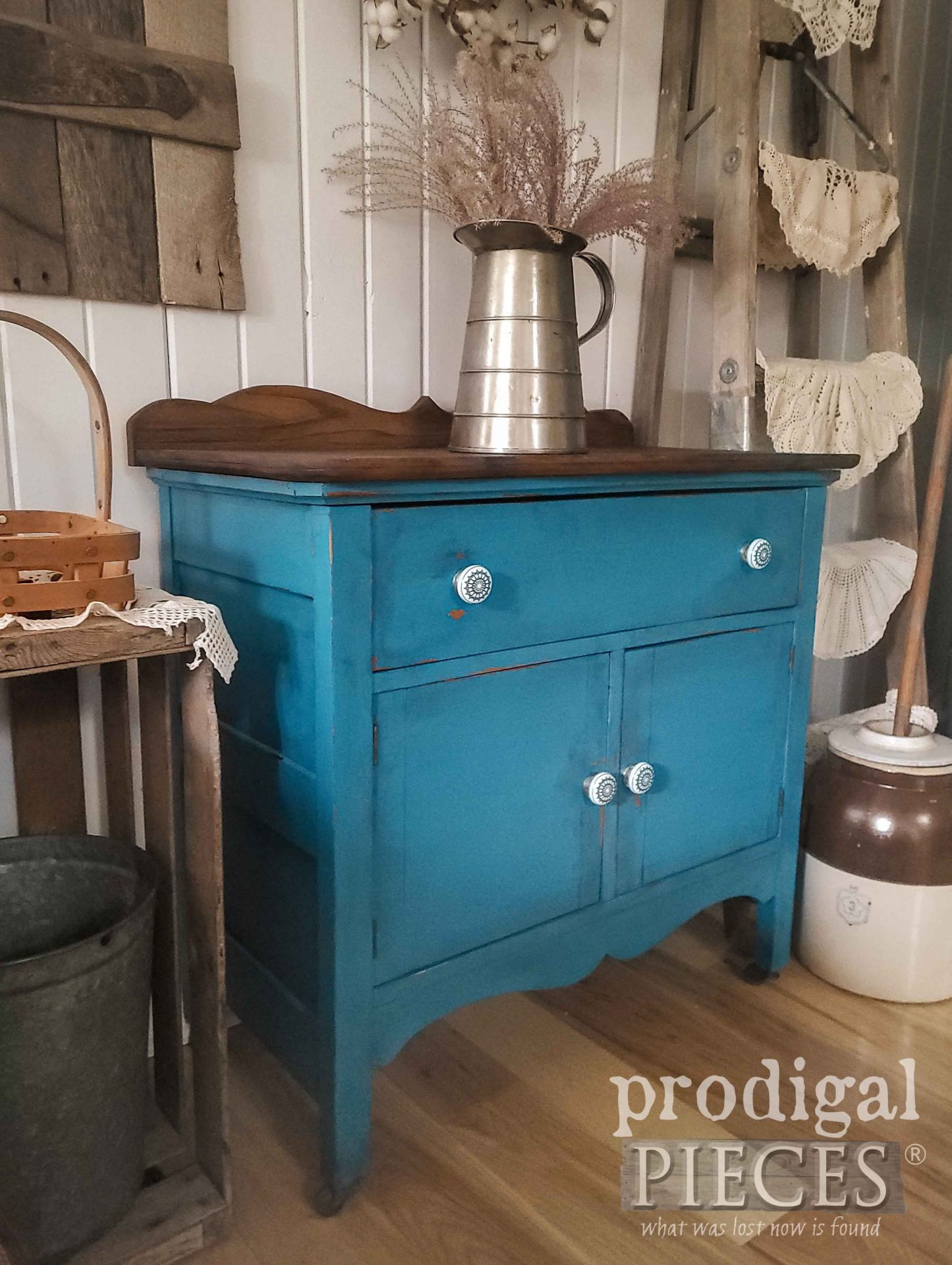 Rustic Blue Farmhouse Wash Stand Makeover by Larissa of Prodigal Pieces | prodigalpieces.com #prodigalpieces #farmhouse #home #diy #homedecor #furntiure