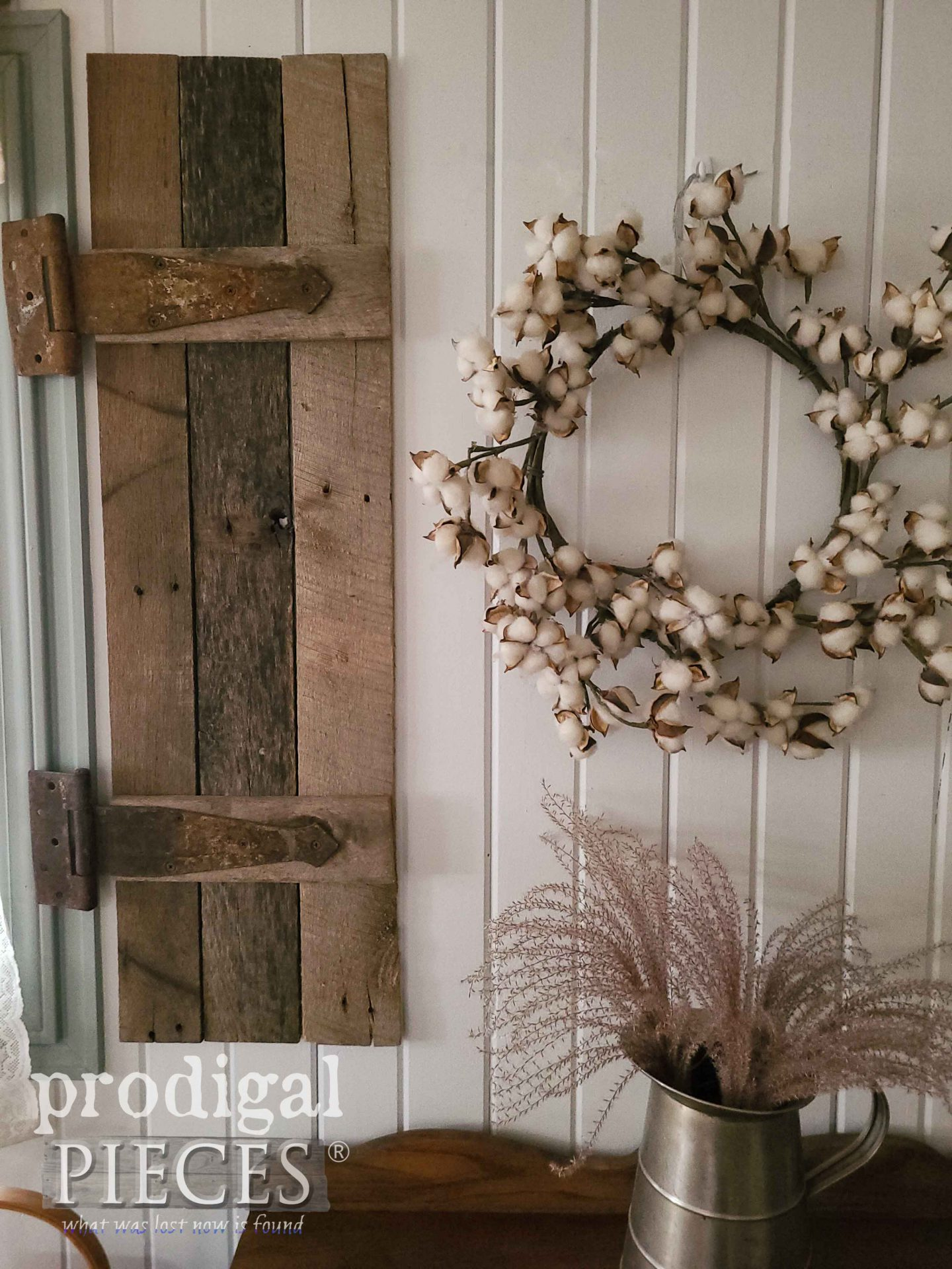 Rustic Farmhouse Style Decor by Larissa of Prodigal Pieces | prodigalpieces.com #prodigalpieces #farmhouse #homedecor #style #home