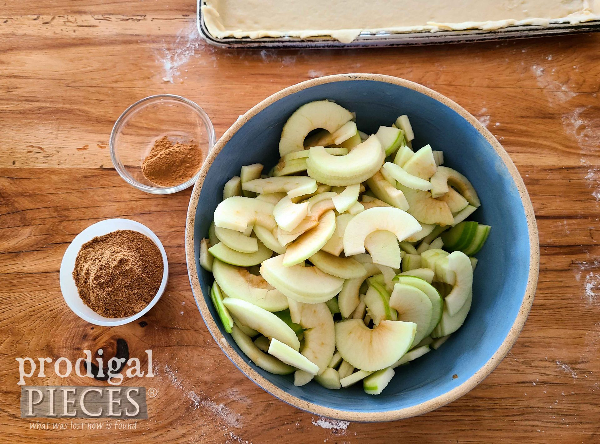 Sliced Apples in Bowl | prodigalpieces.com #prodigalpieces #recipe #dessert #food