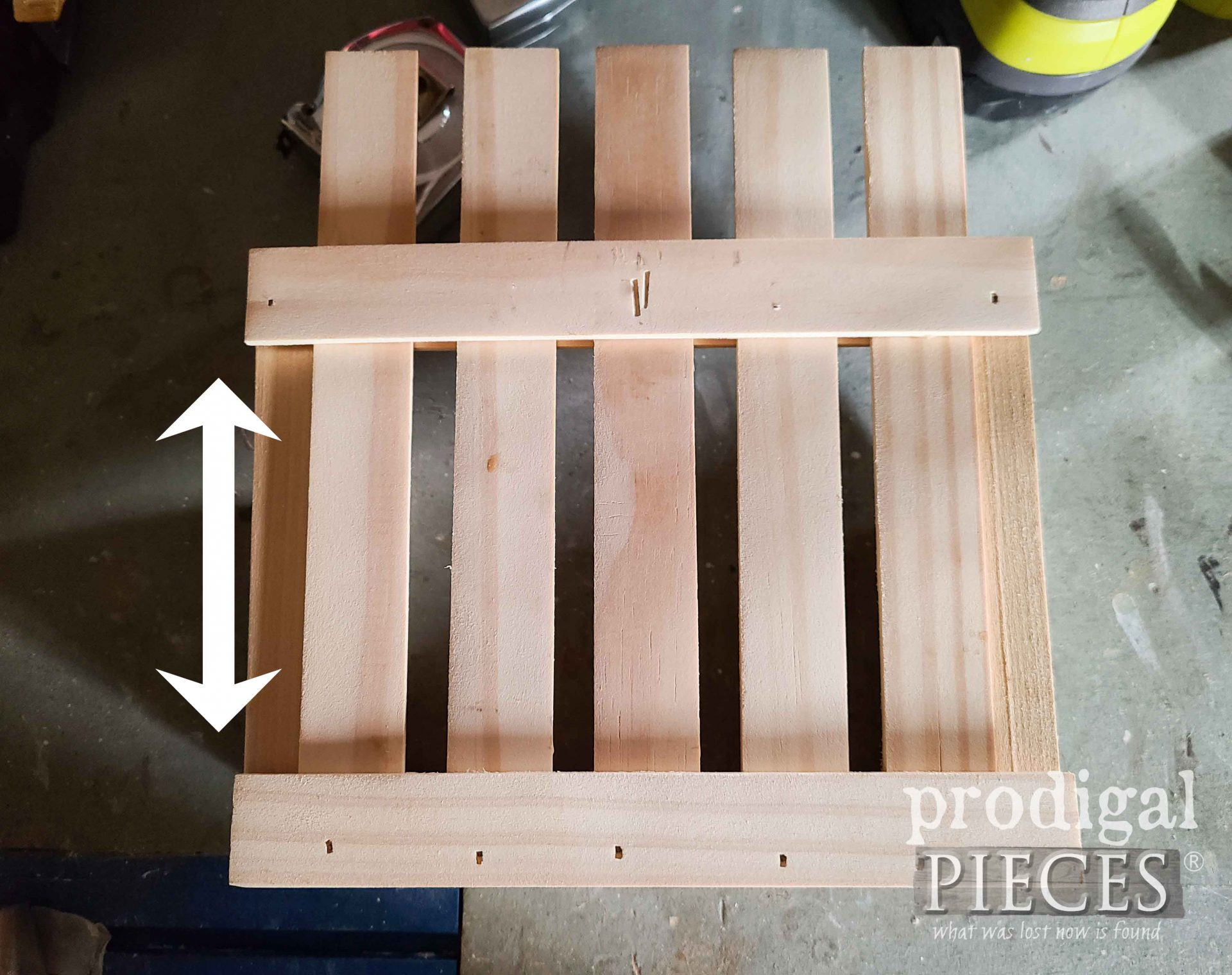 DIY Wall Pocket and Attaching Back Slats | prodigalpieces.com