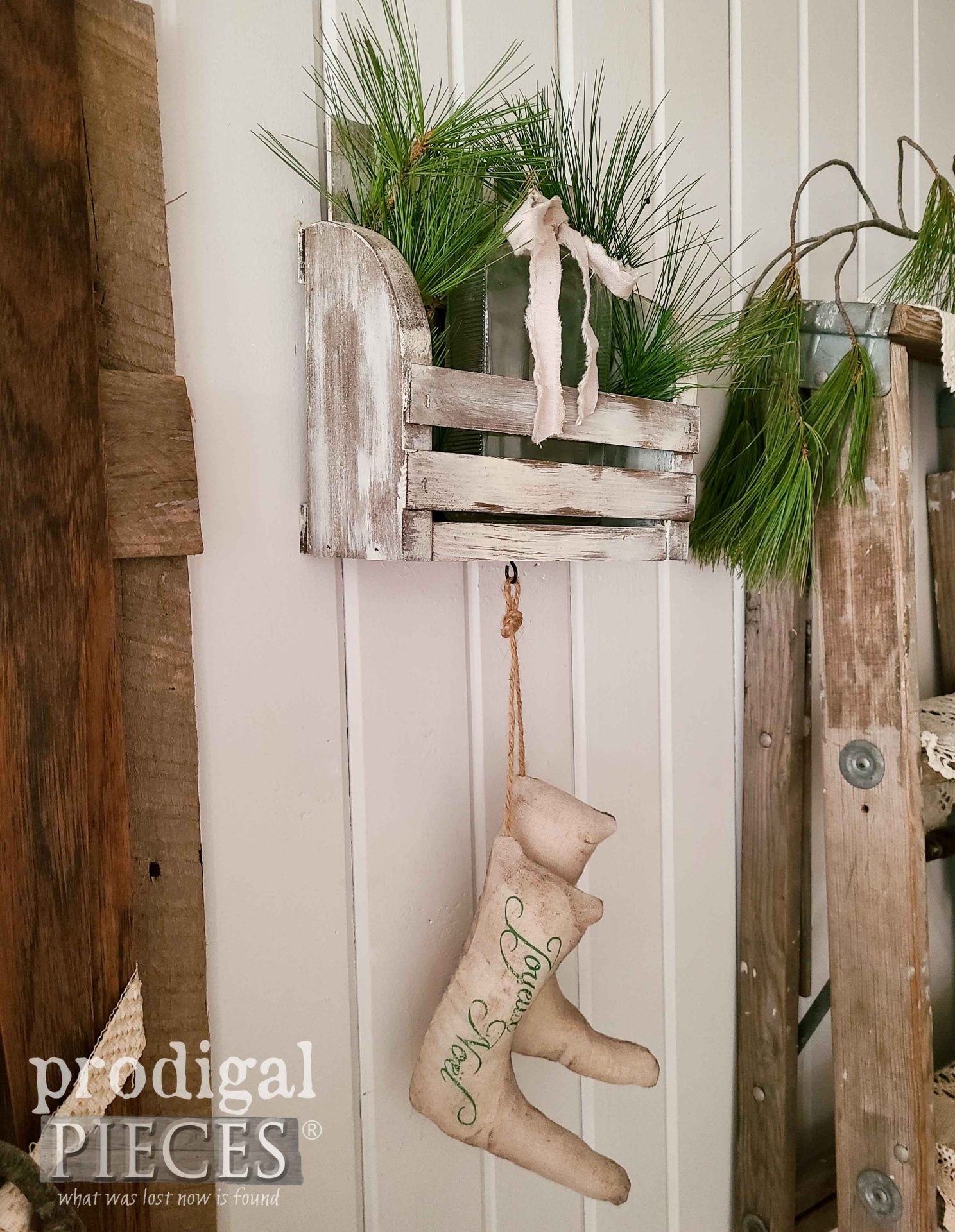 Farmhouse Christmas DIY Wall Pocket Created by Larissa of Prodigal Pieces | prodigalpieces.com #prodigalpieces #farmhouse #home #homedecor