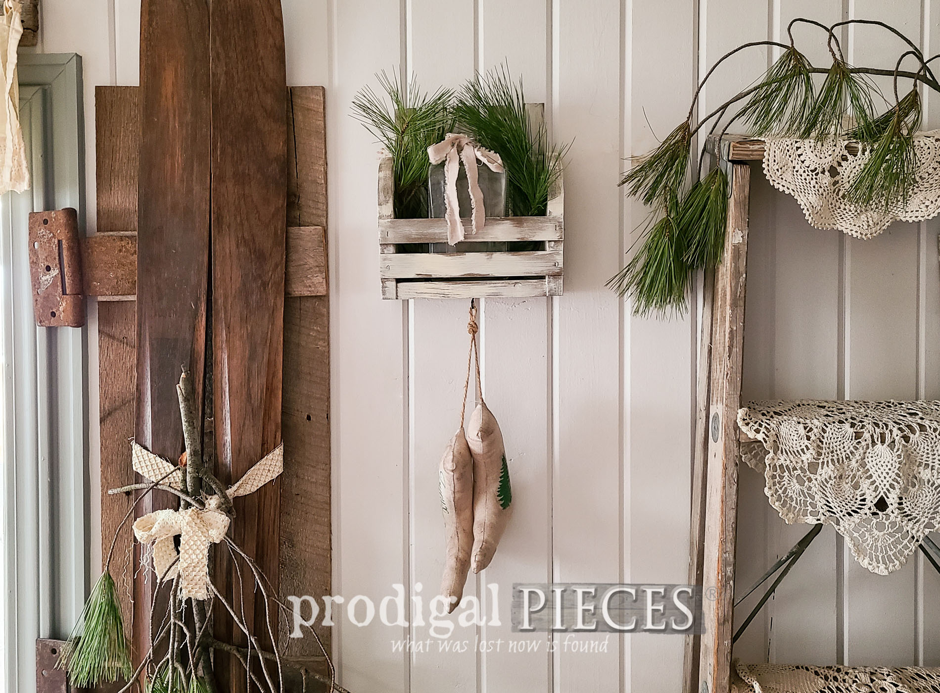 Featured DIY Wall Pocket from Upcycled Paint Stir Sticks by Larissa of Prodigal Pieces | prodigalpieces.com #prodigalpieces #farmhouse #christmas #diy #home #homedecor