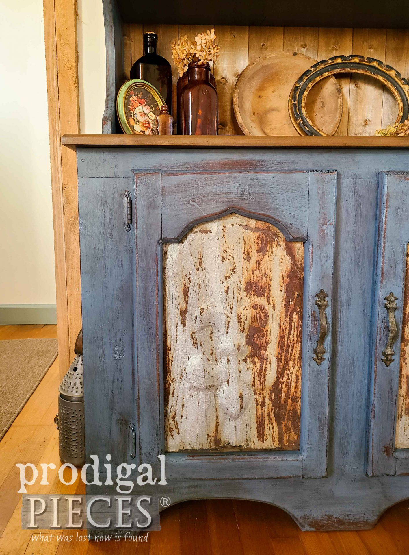 Antique Barn Roof Tiles in Painted Pine Hutch by Larissa of Prodigal Pieces | prodigalpieces.com #prodigalpieces #furniture #home #diy #homedecor #farmhouse