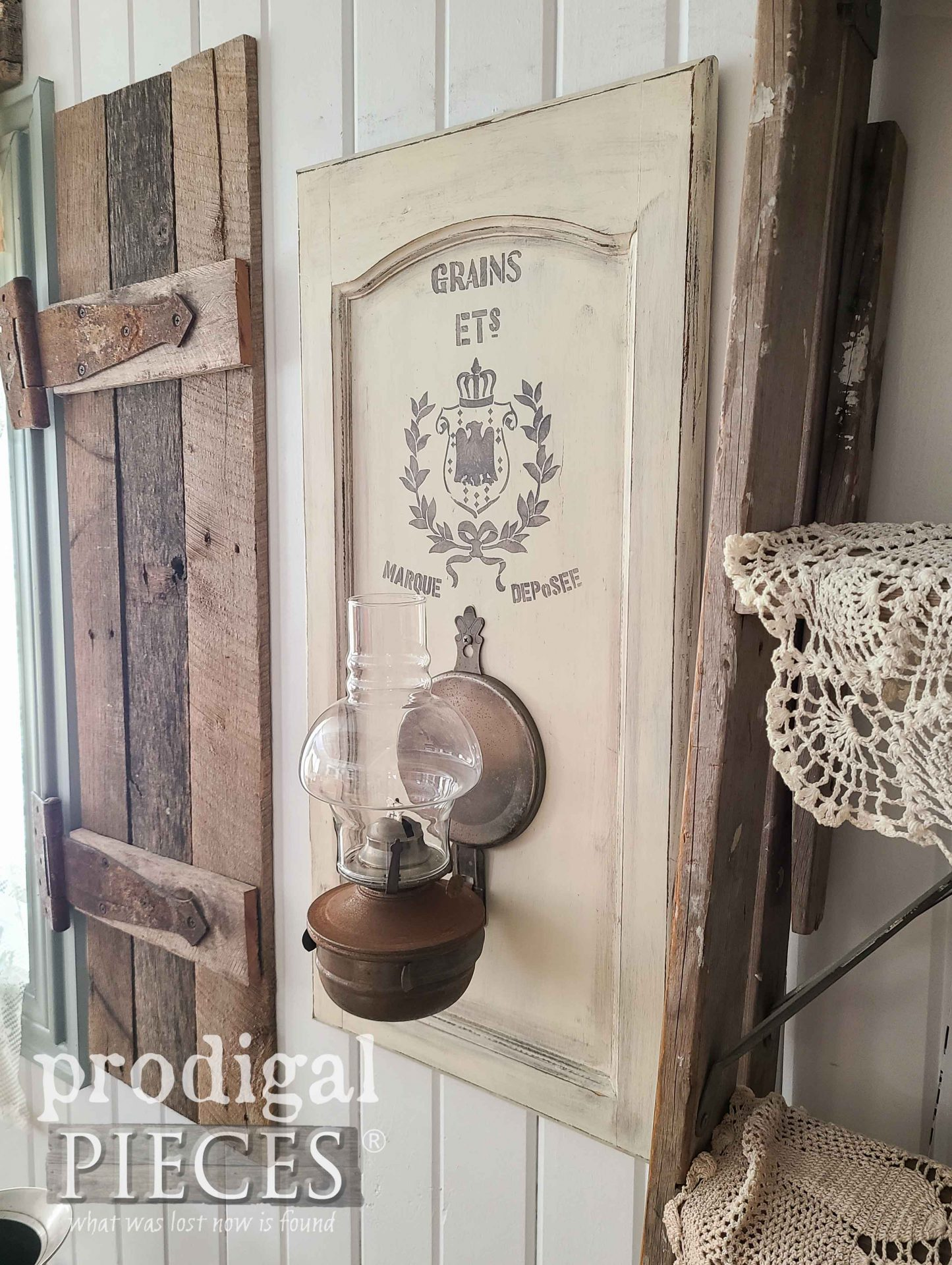 Rustic Farmhouse Oil Lamp Decor from Salvaged Finds by Larissa of Prodigal Pieces | prodigalpieces.com #prodigalpieces #farmhouse #rustic #diy #salvaged