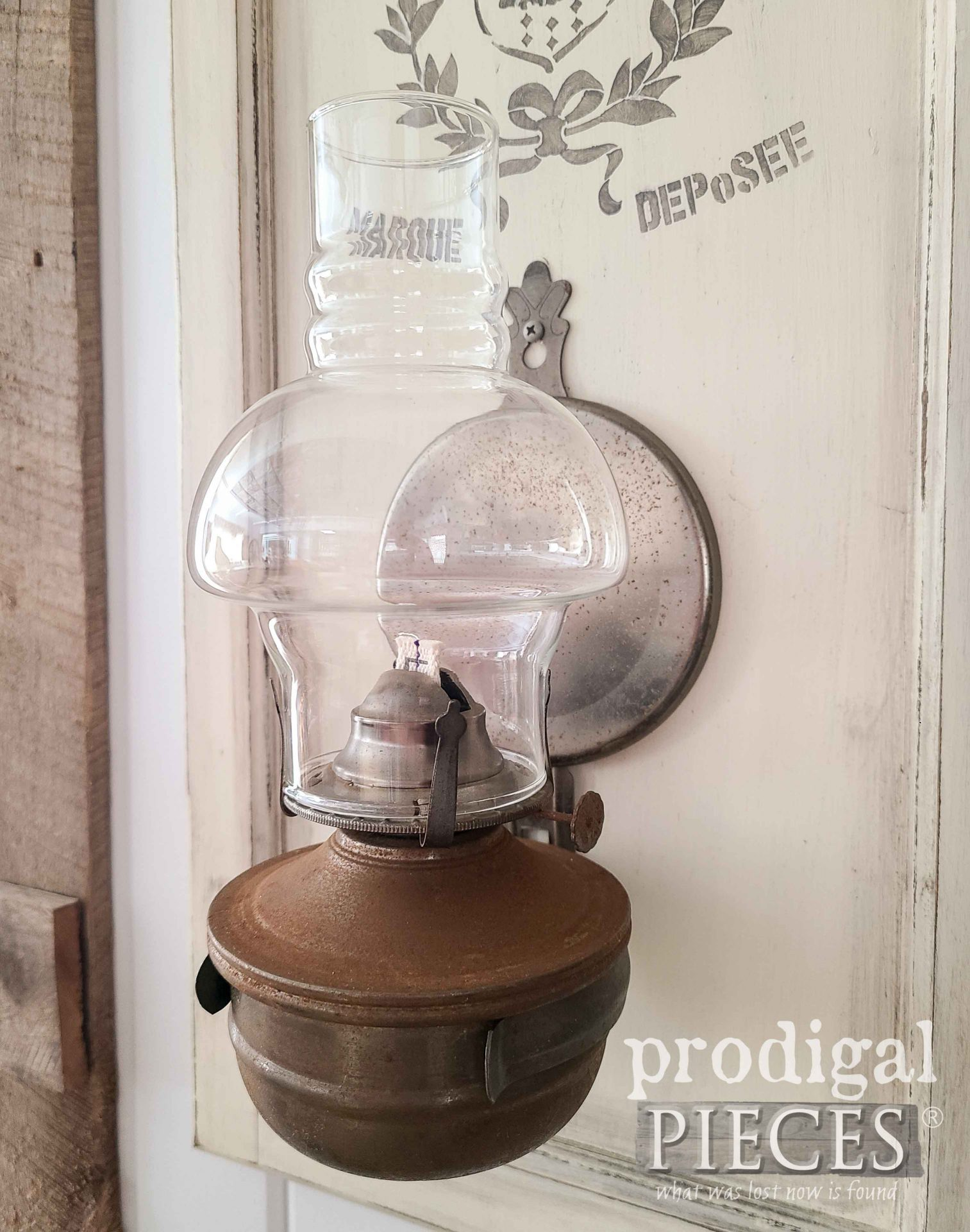 Rusty Farmhouse Oil Lamp by Larissa of Prodigal Pieces | prodigalpieces.com #prodigalpieces #farmhouse #rustic #home #homedecor