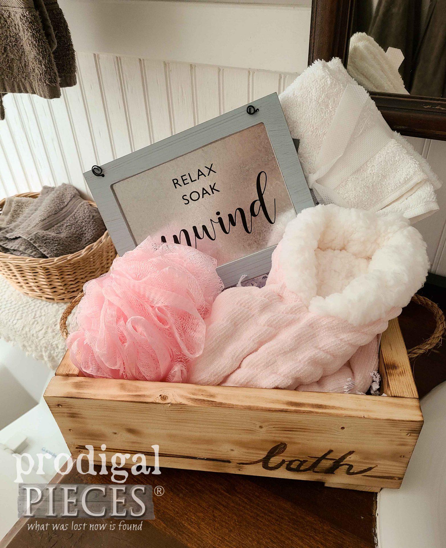 Bath Bundle DIY Wooden Gift Box Tutorial by Larissa of Prodigal Pieces | prodigalpieces.com #prodigalpieces #diy #bath #handmade #home #giftidea