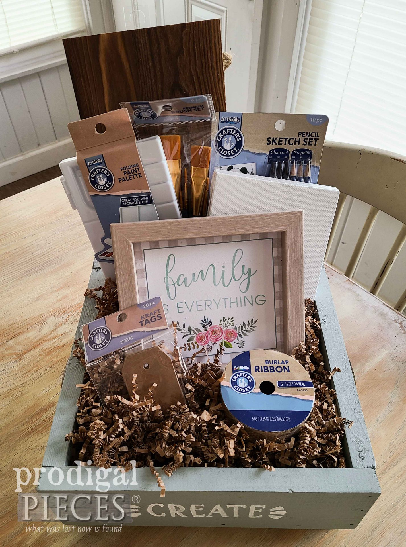 Creative Craft Gift Box DIY Tutorial by Larissa of Prodigal Pieces | prodigalpieces.com #prodigalpieces #gift #home #homedecor
