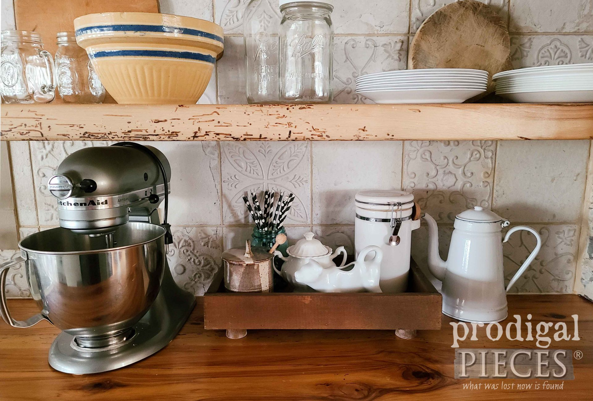 DIY Wood Slat Farmhouse Tray for Kitchen, Bath, Bedroom and more | prodigalpieces.com #prodigalpieces #diy #home #farmhouse #kitchen #homedecor