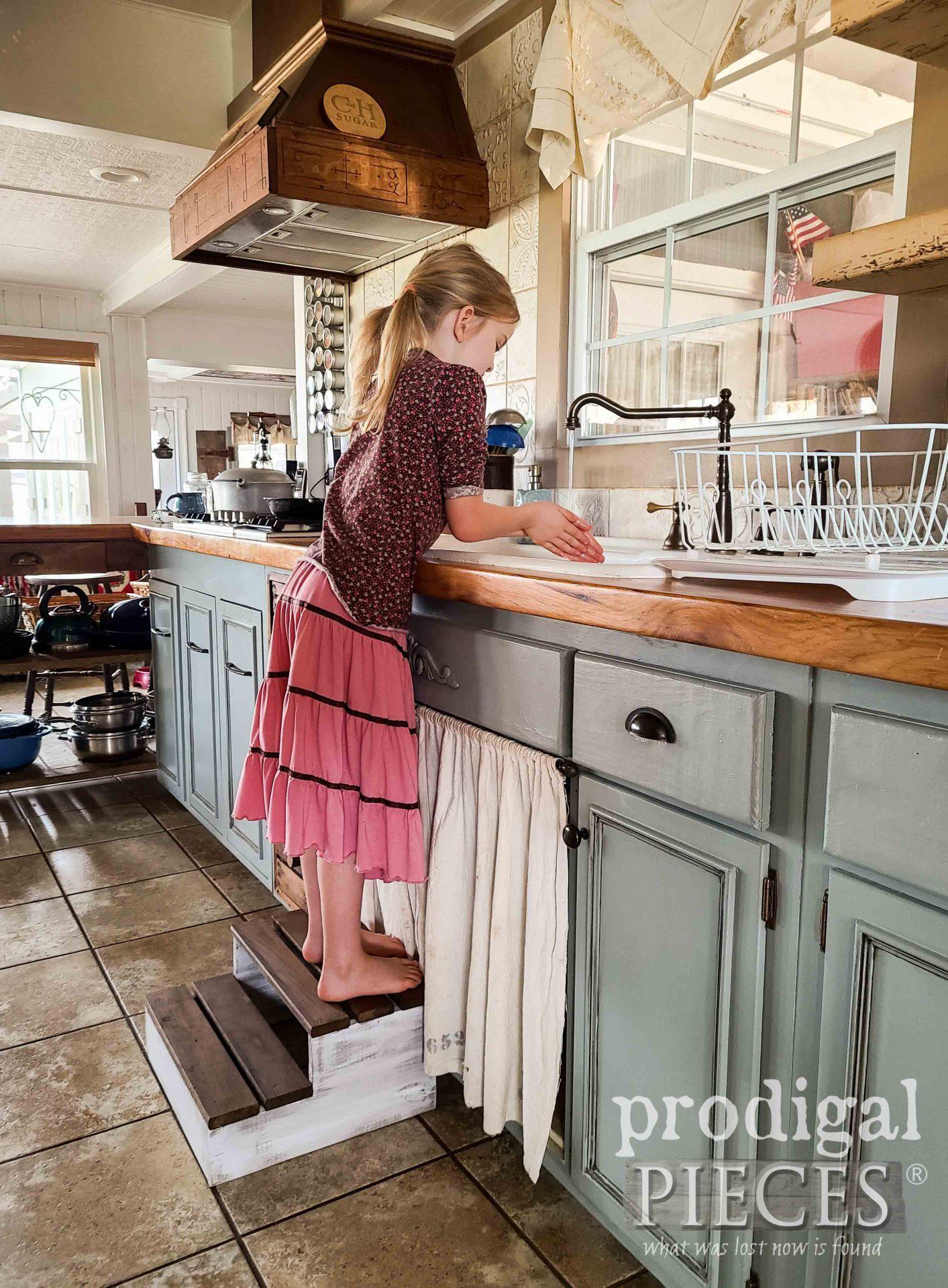 Farmhouse DIY Wood Slat Step Stool Using Scrap Wood by Larissa of Prodigal Pieces | prodigalpieces.com #prodigalpieces #diy #home #woodworking #furniture