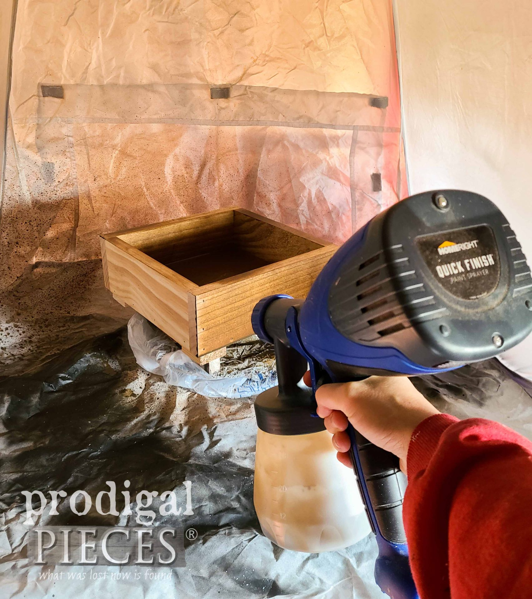 Staining DIY Wooden Gift Box by Prodigal Pieces | prodigalpieces.com #prodigalpieces