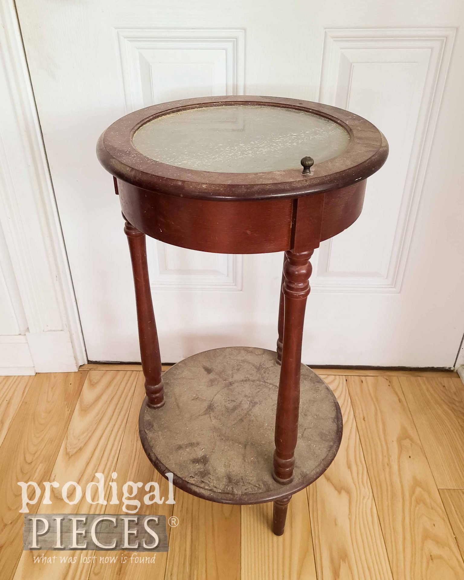 Tiered Side Table Before by Prodigal Pieces | prodigalpieces.com #prodigalpieces
