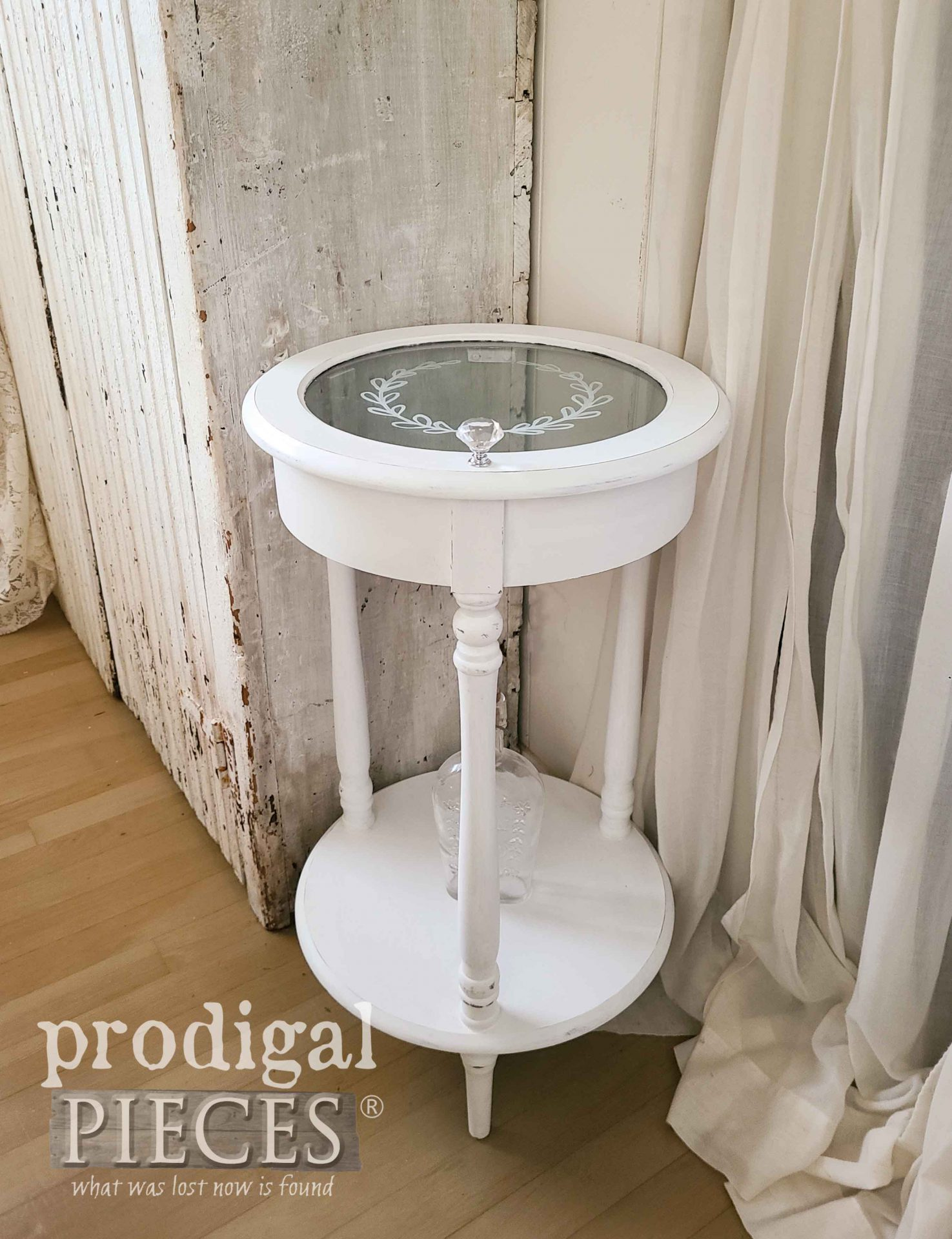 White Glass Tiered Side Table by Larissa of Prodigal Pieces | prodigalpieces.com #prodigalpieces #furniture #diy #home #homedecor