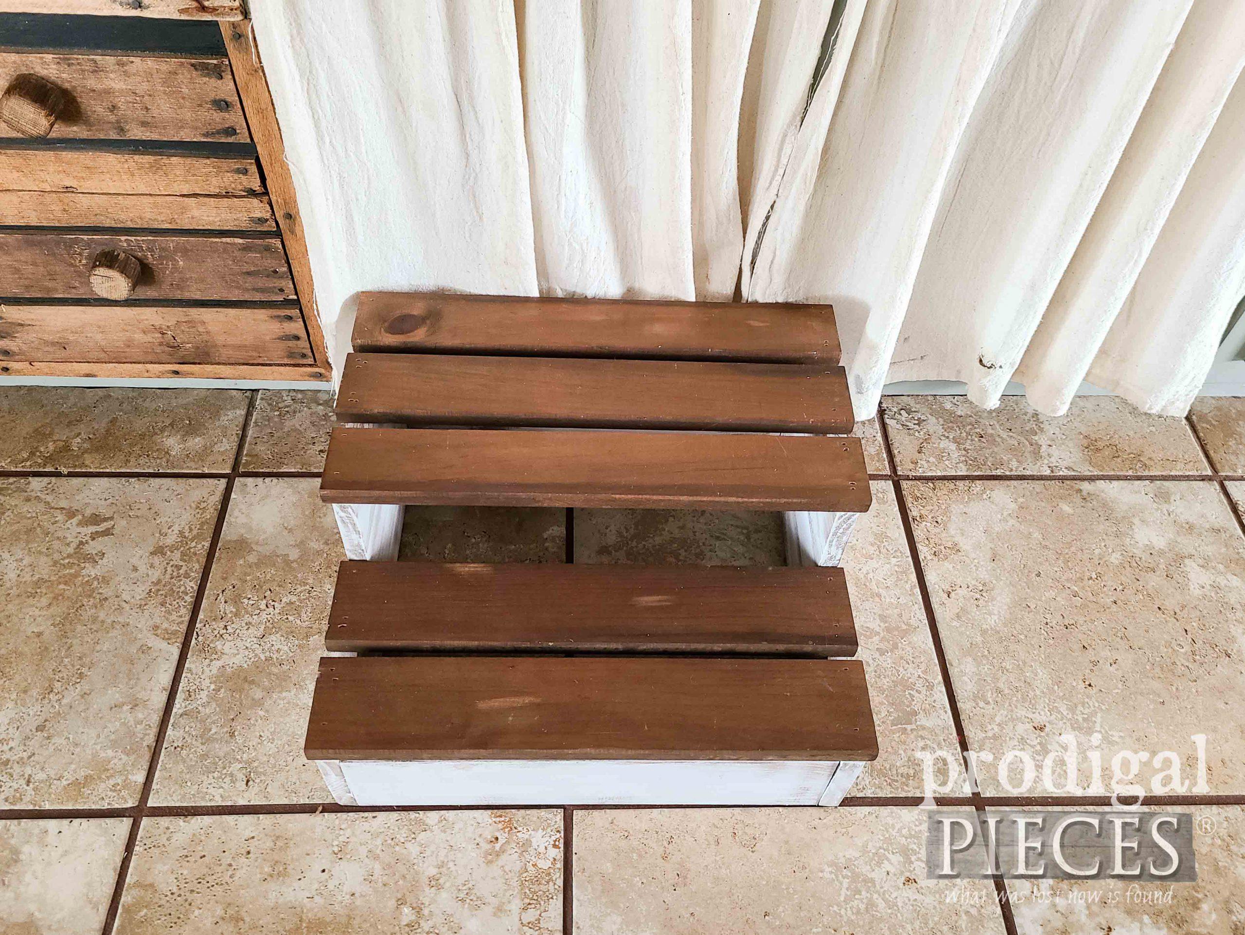 DIY Wood Slat Step Stool for Home by Larissa of Prodigal Pieces | prodigalpieces.com #prodigalpieces #farmhouse #home #diy #homedecor