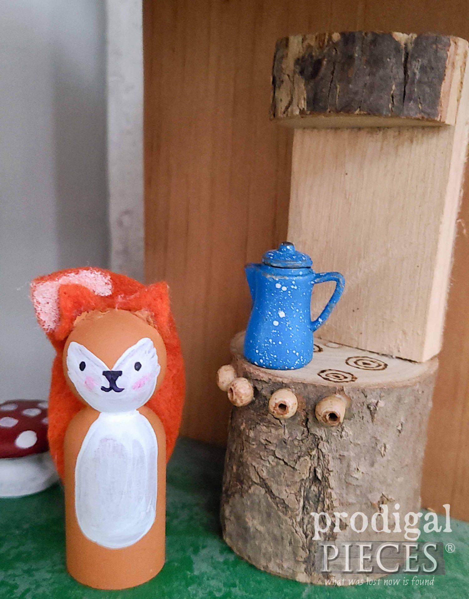 Woodland Fox with Mini Log Cooking Range by Larissa of Prodigal Pieces | prodigalpieces.com #prodigalpieces #toys #handmade #kids