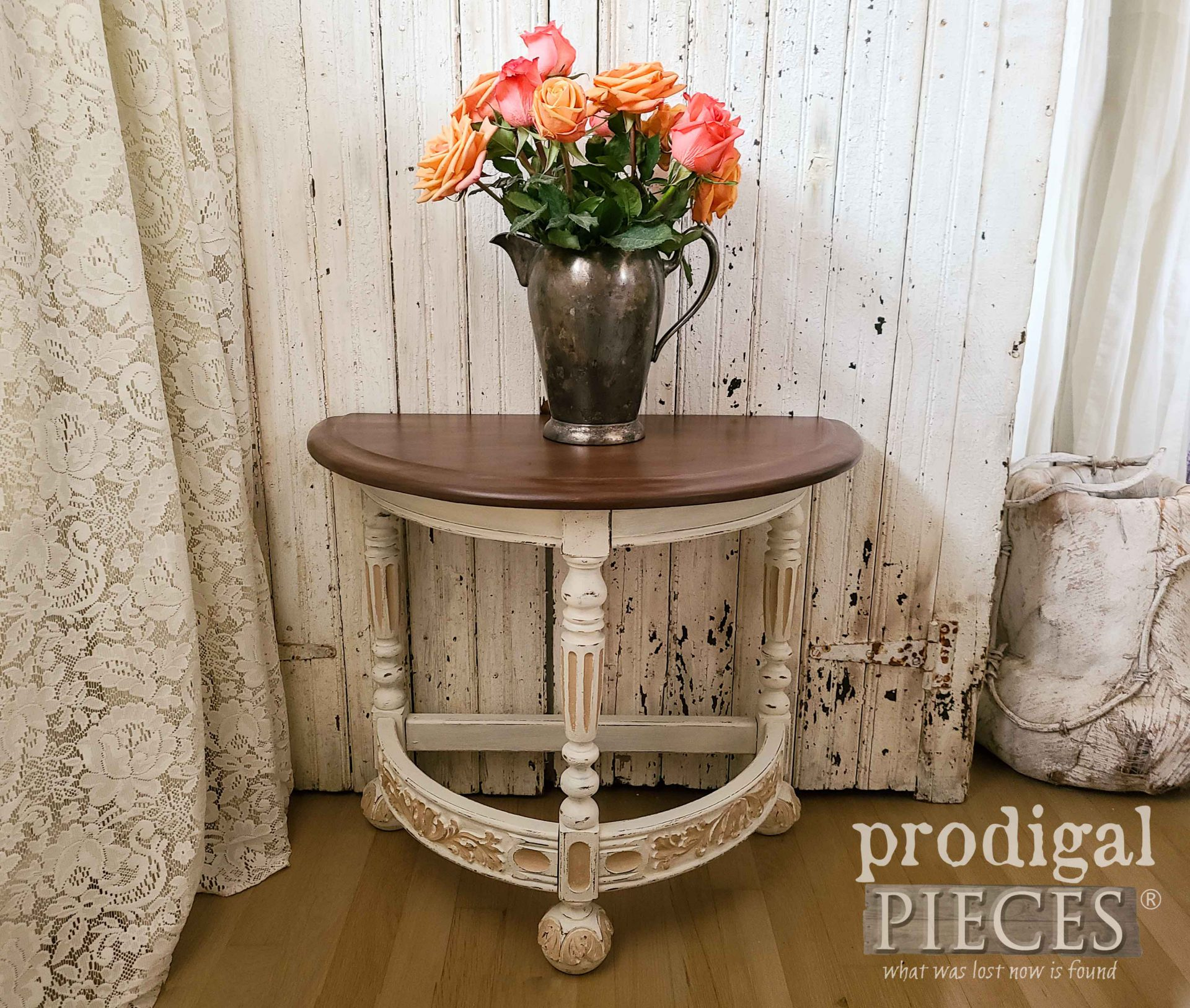 Antique Half Round Table Makeover by Larissa of Prodigal Pieces | prodigalpieces.com #prodigalpieces #furniture #home #homedecor #antique
