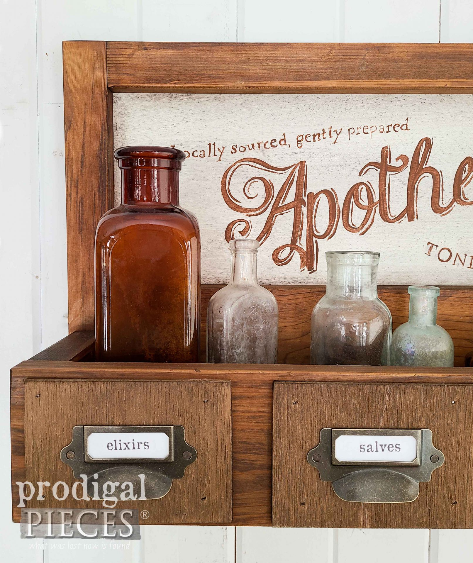 Apothecary Labels on 80's Decor Makeover by Larissa of Prodigal Pieces | prodigalpieces.com #prodigalpieces #farmhouse #industrial #diy