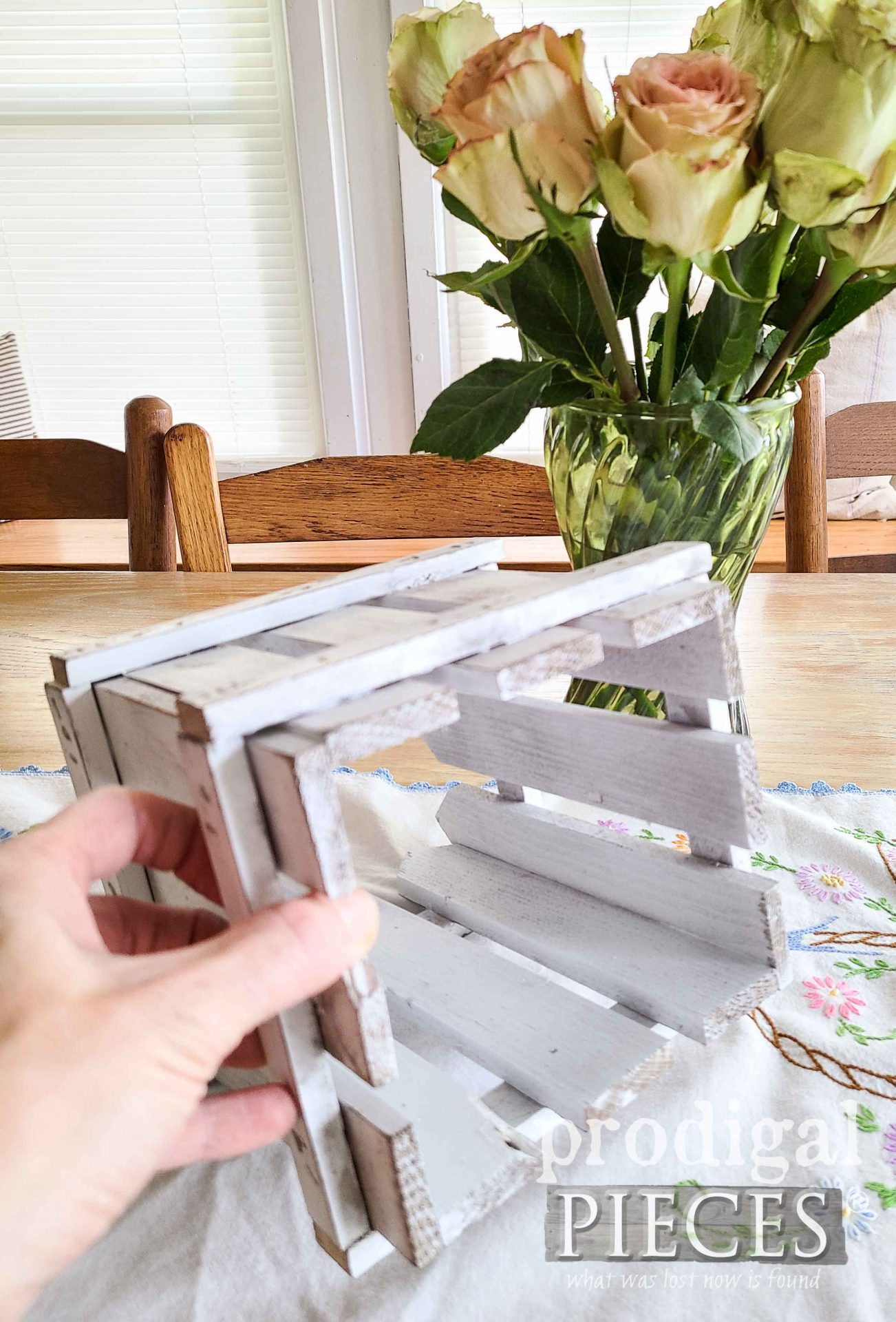 Bottom of White Picket Fence Holder from Upcycled Vintage Shelf by Larissa of Prodigal Pieces | prodigalpieces.com #prodigalpieces #diy #vintage #handmade #home #homedecor
