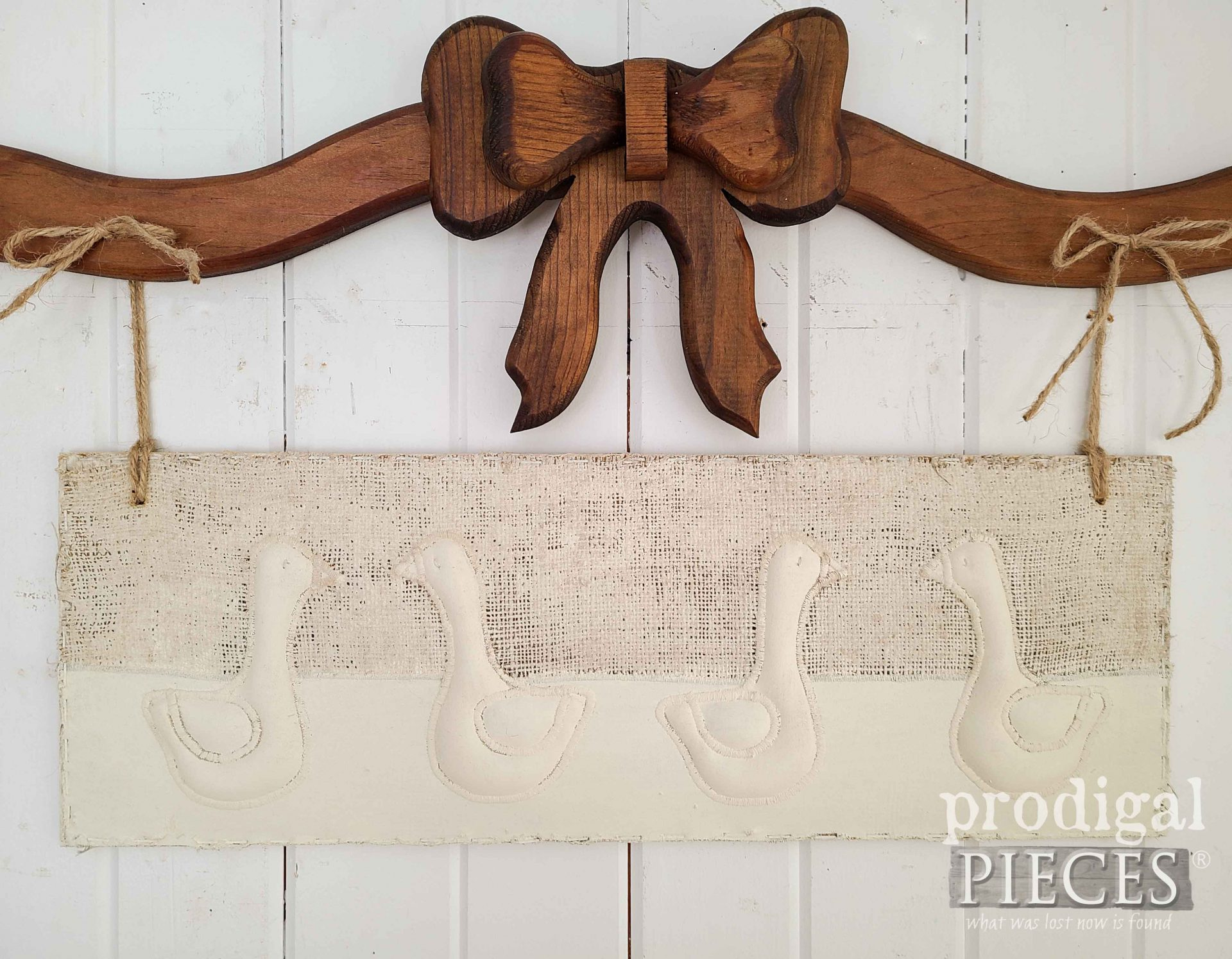 Close-Up by Fabric Geese Wall Decor by Larissa of Prodigal Pieces | prodigalpieces.com #prodigalpieces #farmhouse #animals #diy