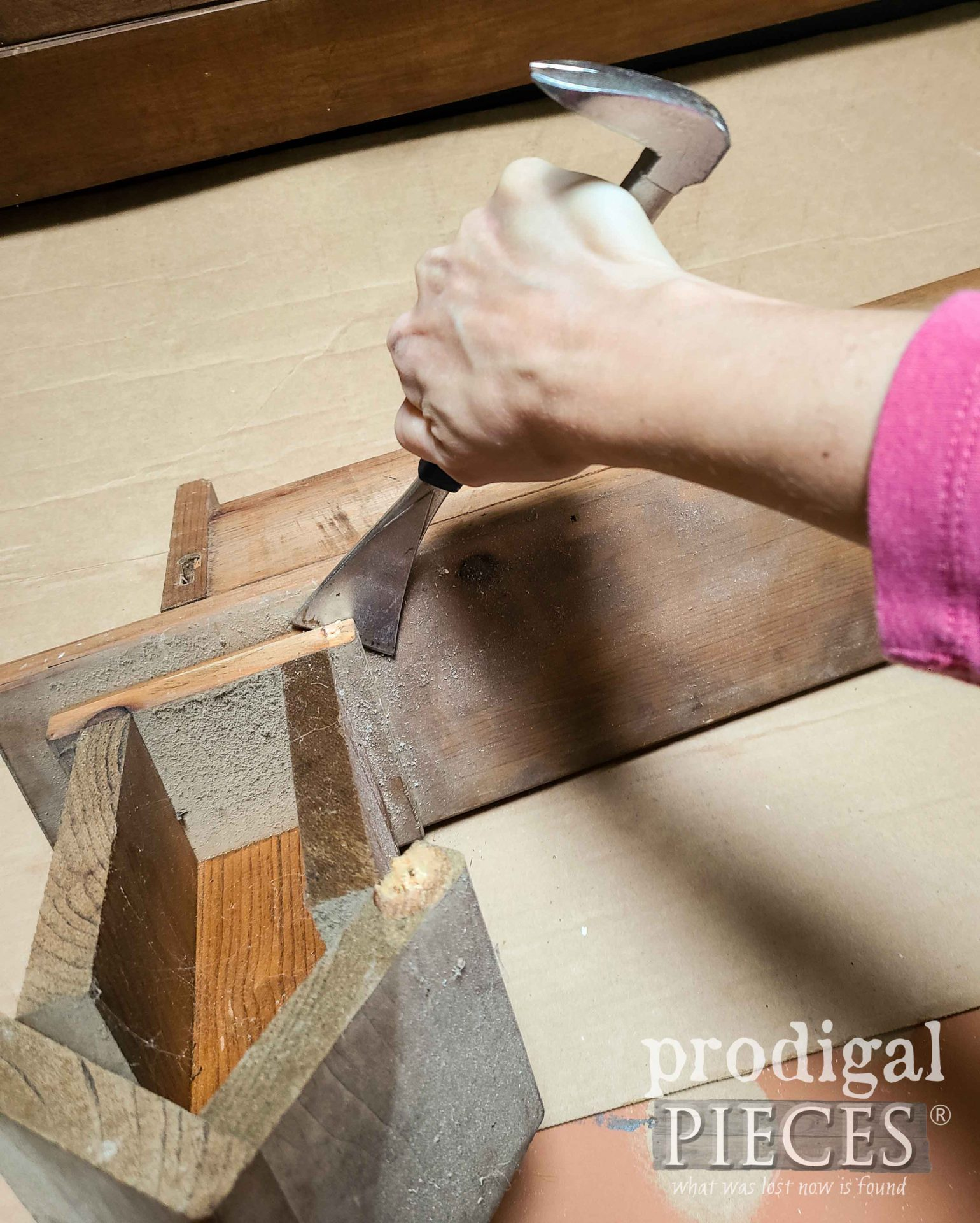 Dismantling Vintage Shelf for Upcycled Decor by Larissa of Prodigal Pieces | prodigalpieces.com #prodigalpieces