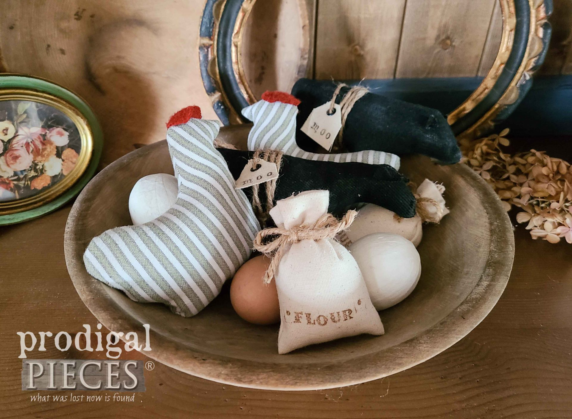 Upcycled Mix of Farmhouse Bowl Fillers by Larissa of Prodigal Pieces | prodigalpieces.com #prodigalpieces #farmhouse #handmade #crafts #refashion #diy