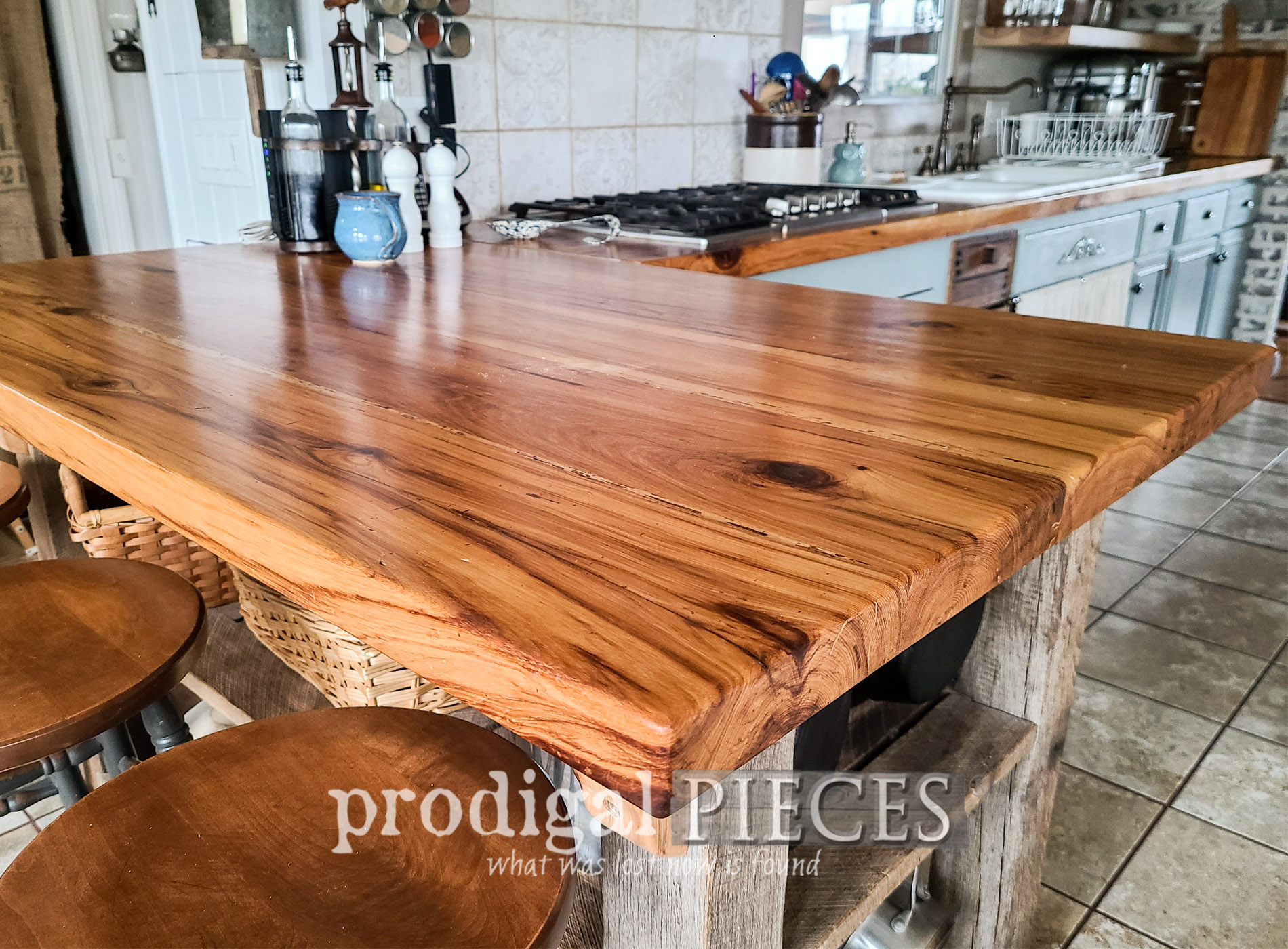 Featured Wood Kitchen Counters and How to Finish by Larissa of Prodigal Pieces | prodigalpieces.com #prodigalpieces #diy #kitchen #farmhouse #home