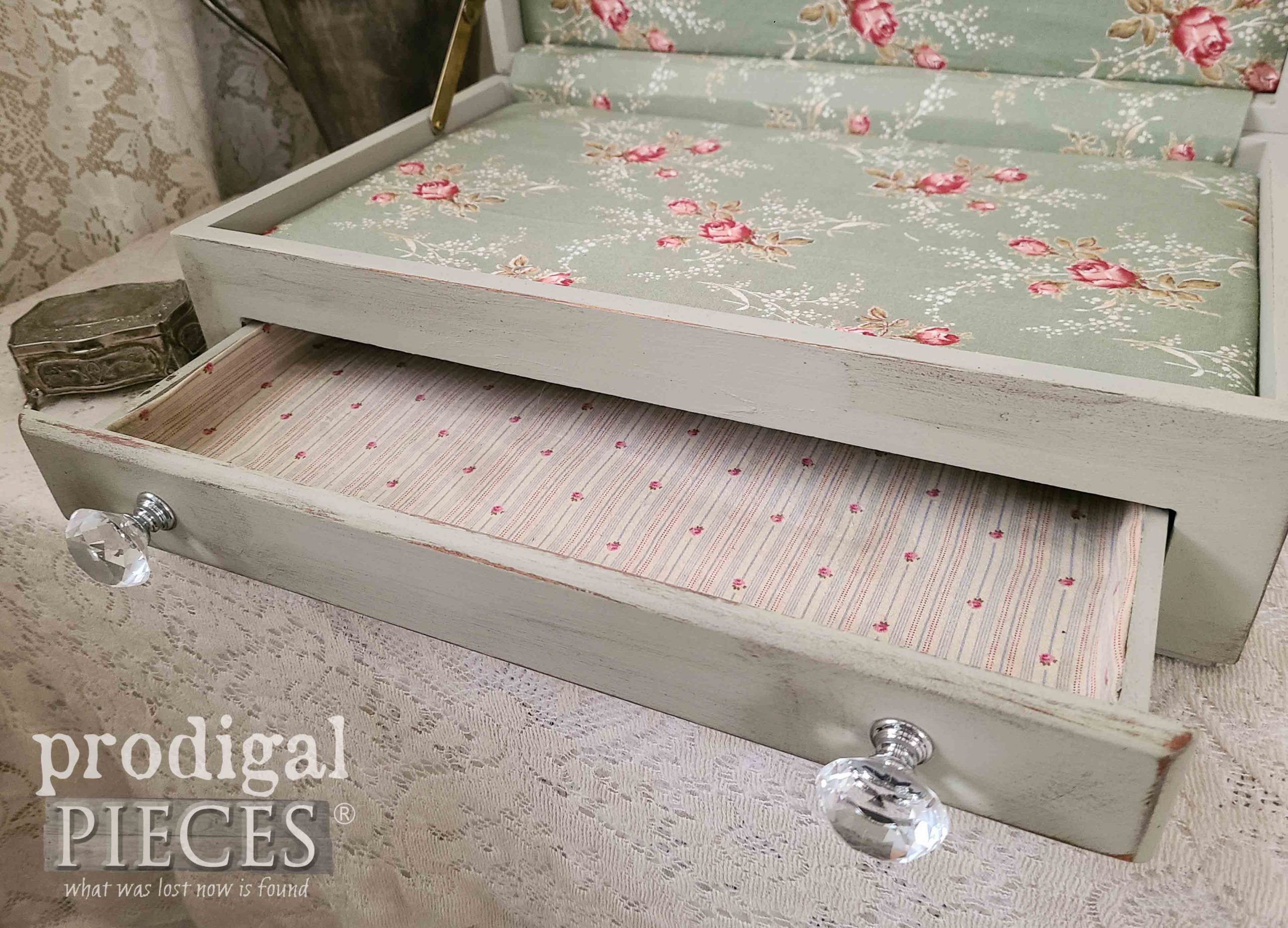 Open Storage Box by Larissa of Prodigal Pieces | prodigalpieces.com #prodigalpieces #diy #home
