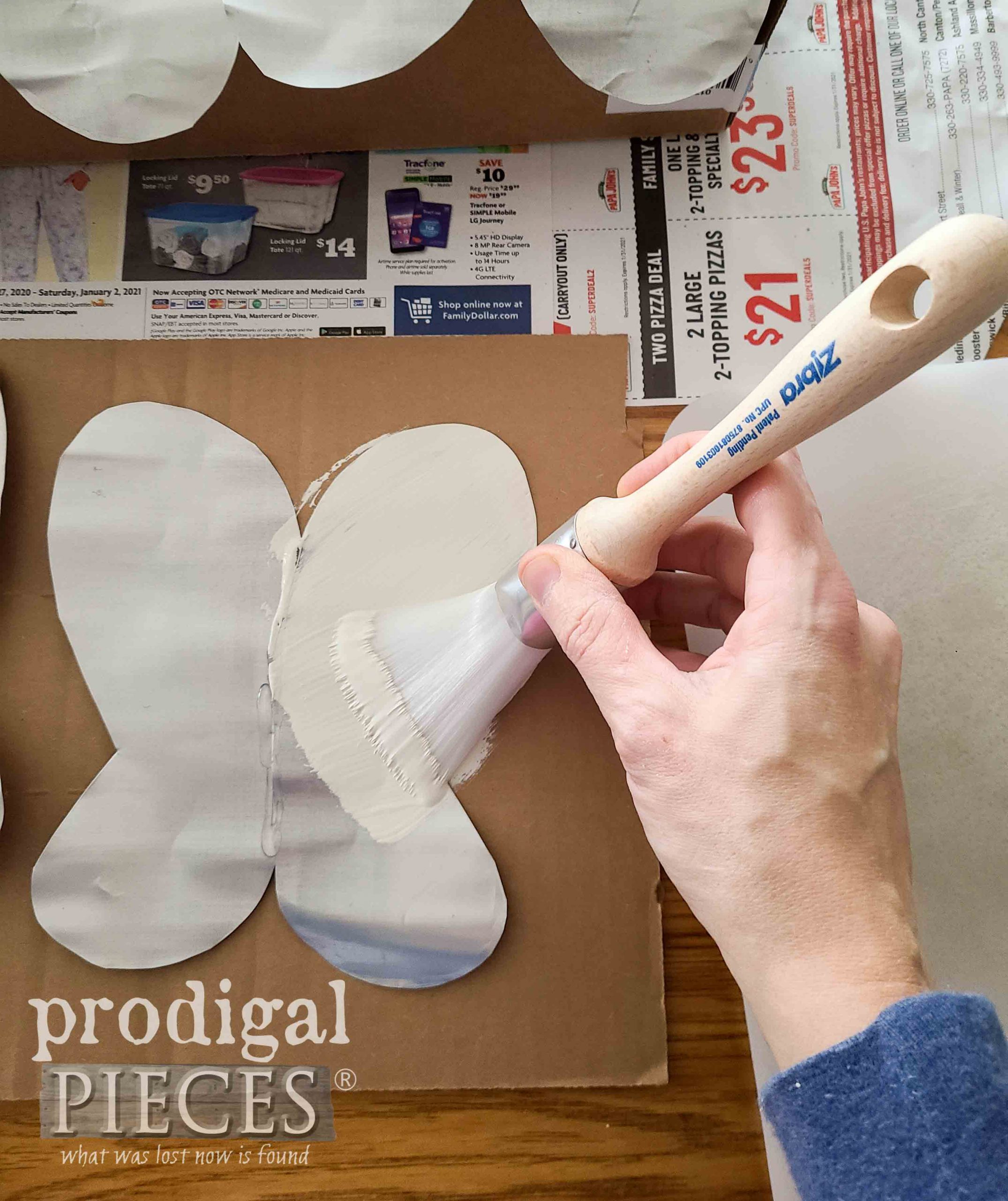 Painting Upcycled Butterfly Art | Prodigal Pieces | prodigalpieces.com #prodigalpieces