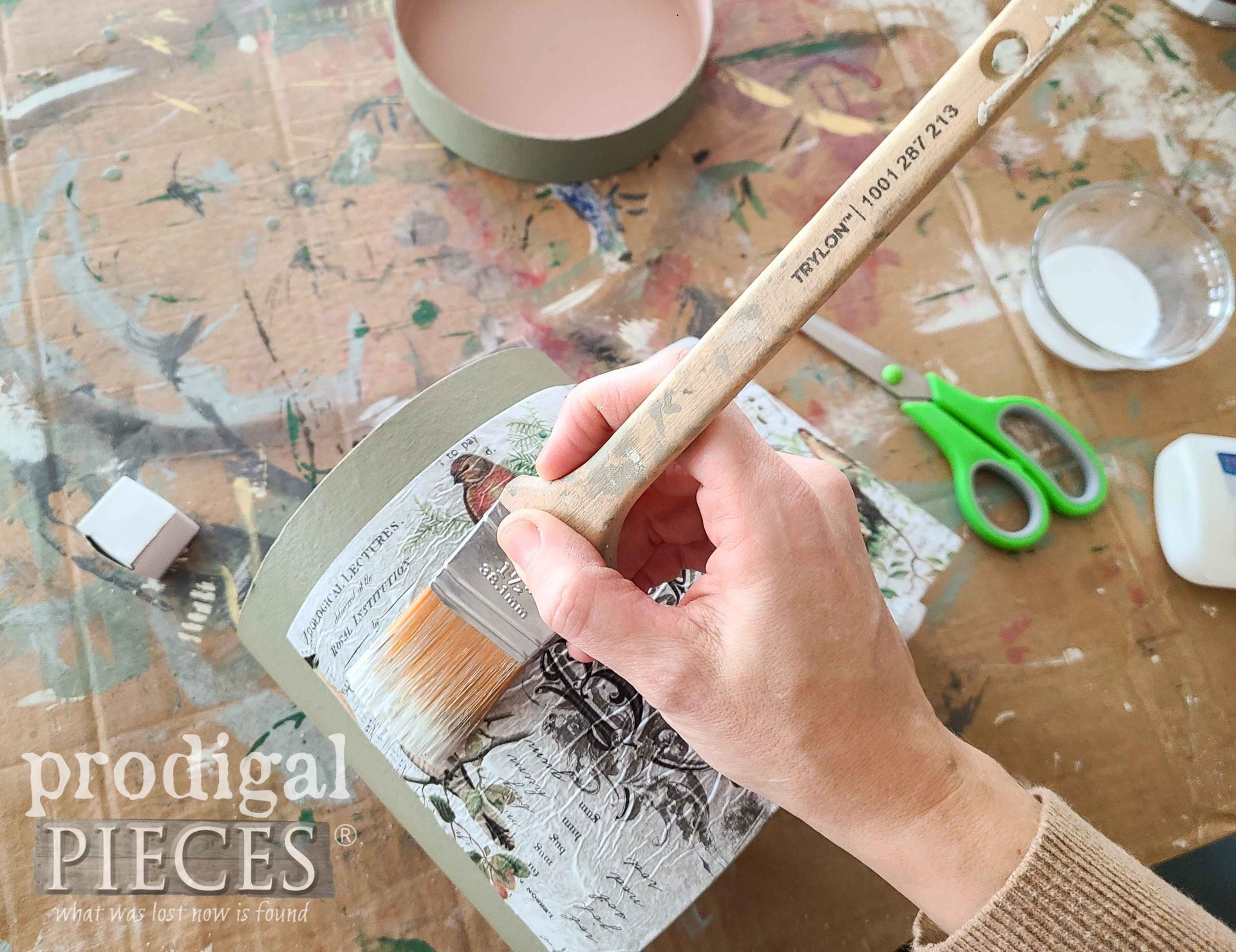 Applying Jim Holtz Decoupage Paper on Box by Larissa of Prodigal Pieces | prodigalpieces.com