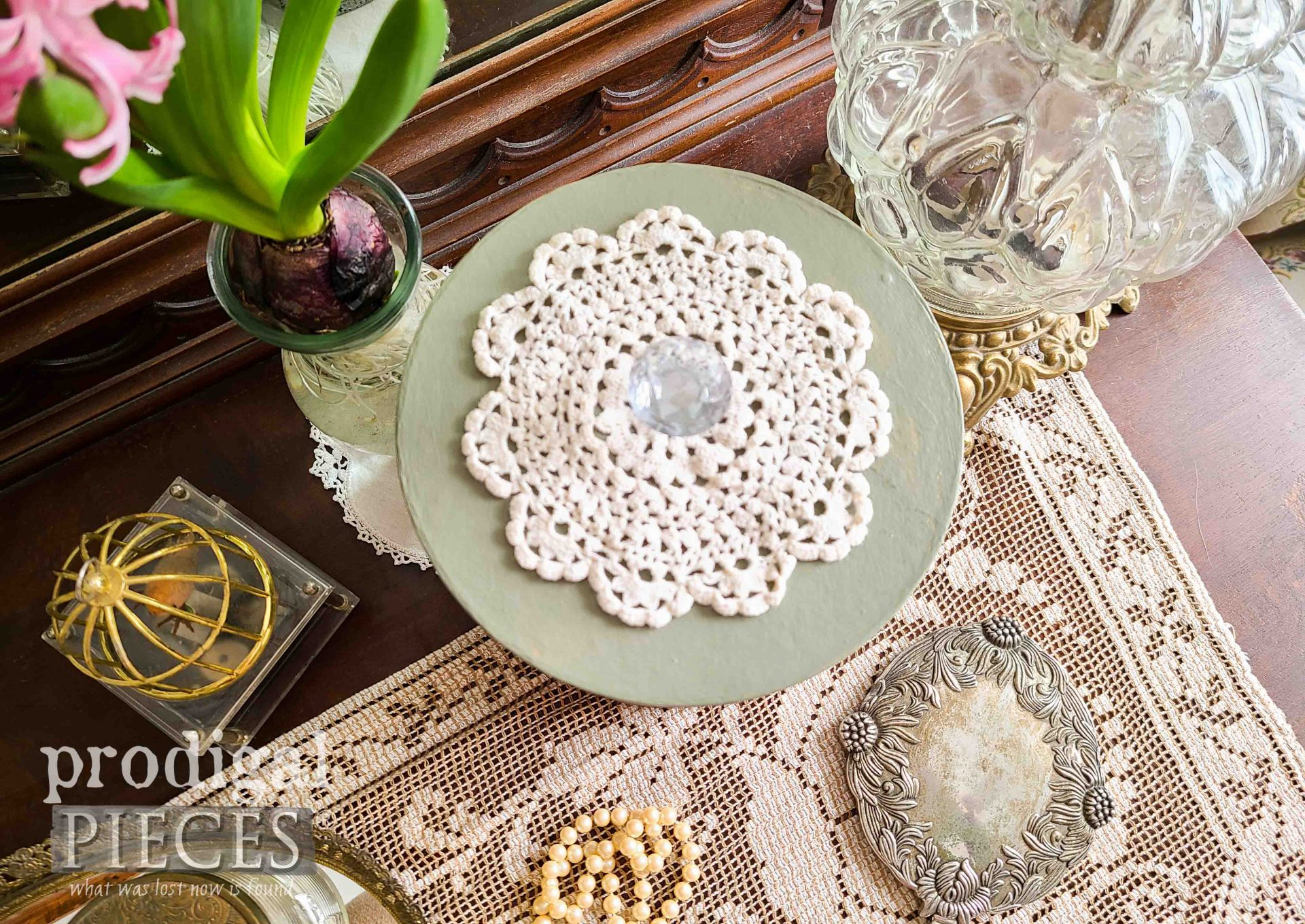 Doily Topped DIY Decoupage Box by Larissa of Prodigal Pieces | prodigalpieces.com #prodigalpieces #doily #vintage #handmade #home
