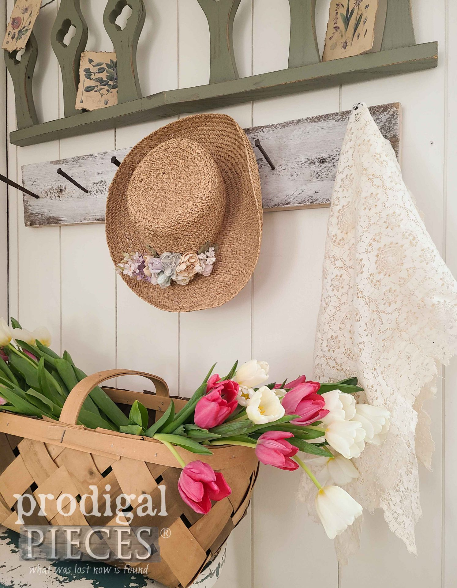 Simple Spring Decor from Salvaged Find by Larissa of Prodigal Pieces | prodigalpieces.com #prodigalpieces #spring #diy #home