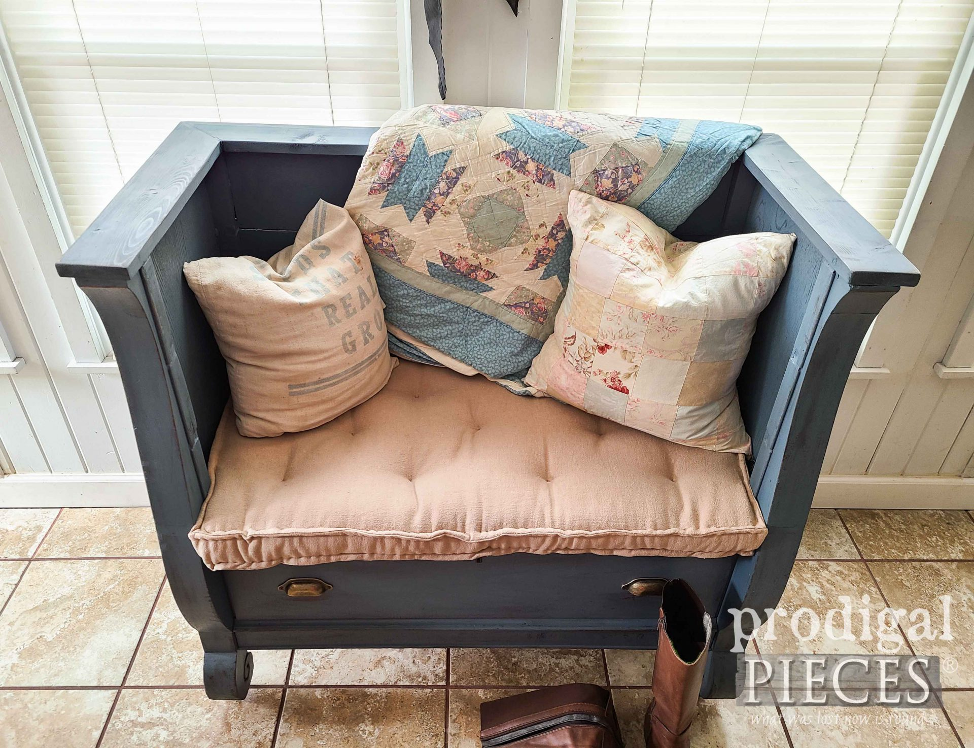 DIY Tufted French Mattress Sewn by Larissa of Prodigal Pieces | prodigalpieces.com #prodigalpieces #sewing #upholstery #furniture