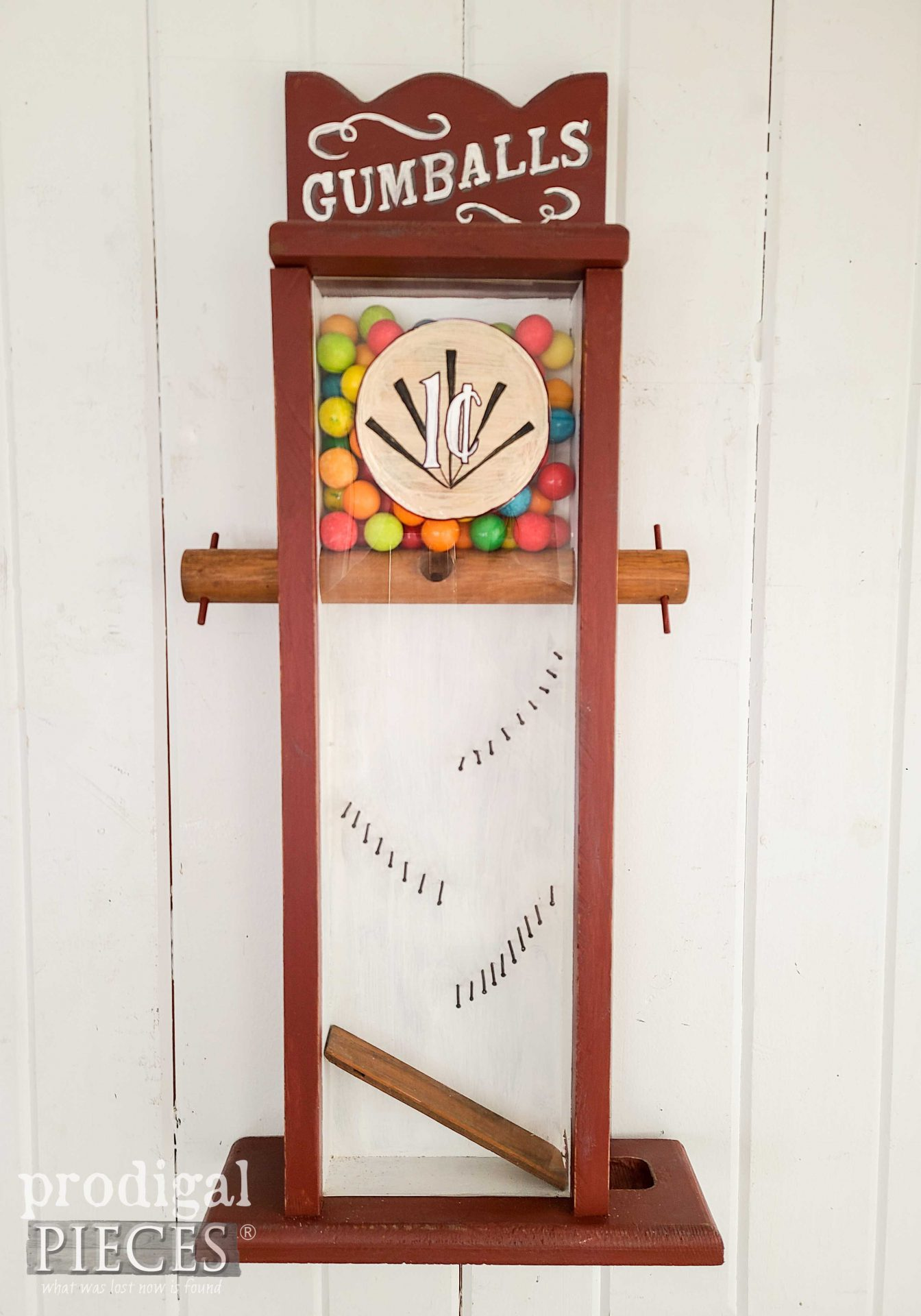 Vintage Handmade Gumball Machine Makeover by Larissa of Prodigal Pieces | prodigalpieces.com #prodigalpieces #handmade #vintage #home #homedecor