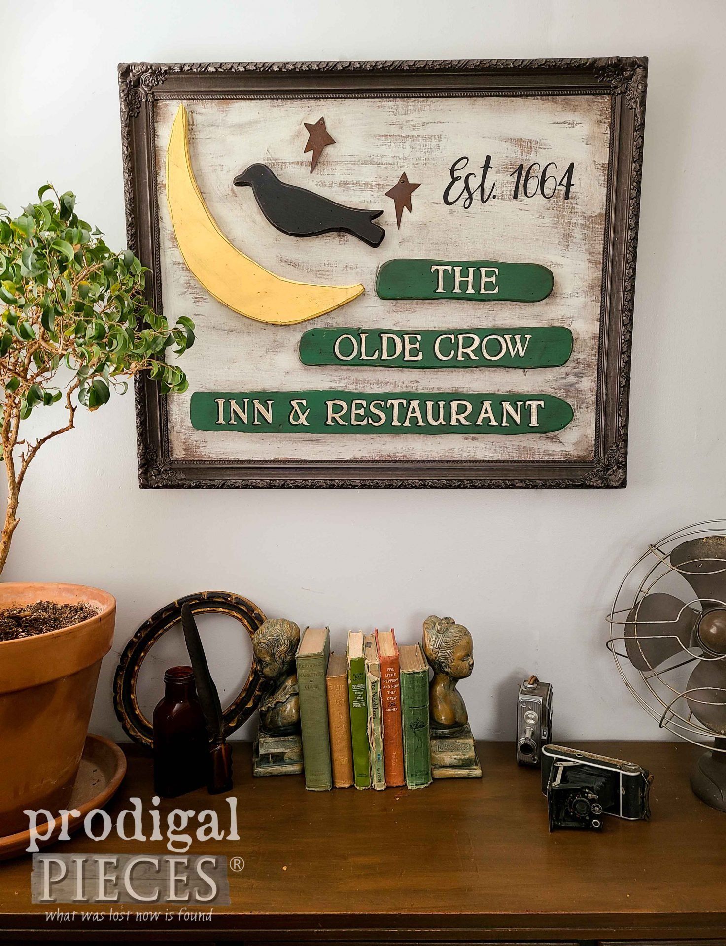 Vintage Style Antique Sign Made from Upcycled Decor by Larissa of Prodigal Pieces | prodigalpieces.com #prodigalpieces #diy #home #homedecor