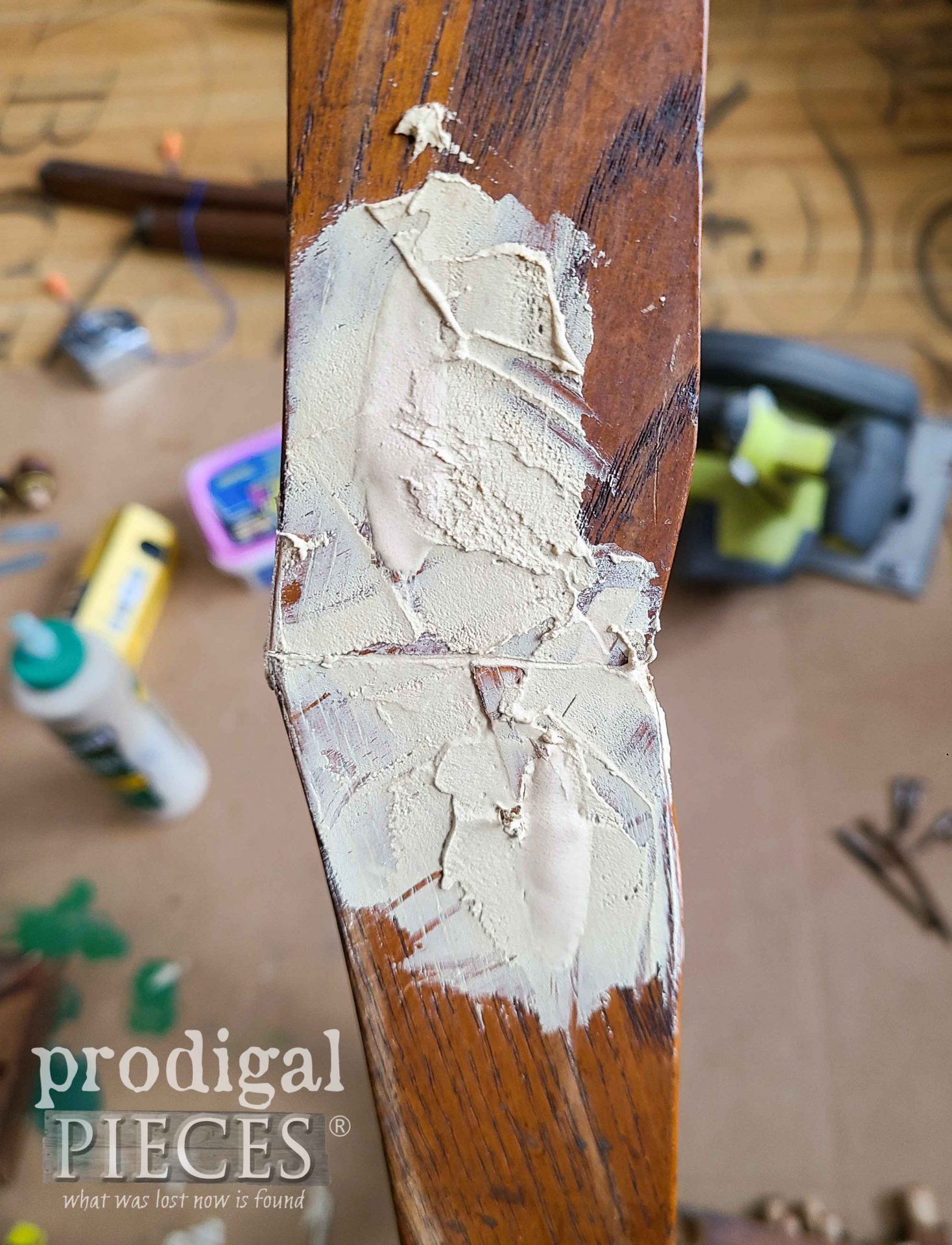 Wood Filler in Pocket Joint | prodigalpieces.com #prodigalpieces
