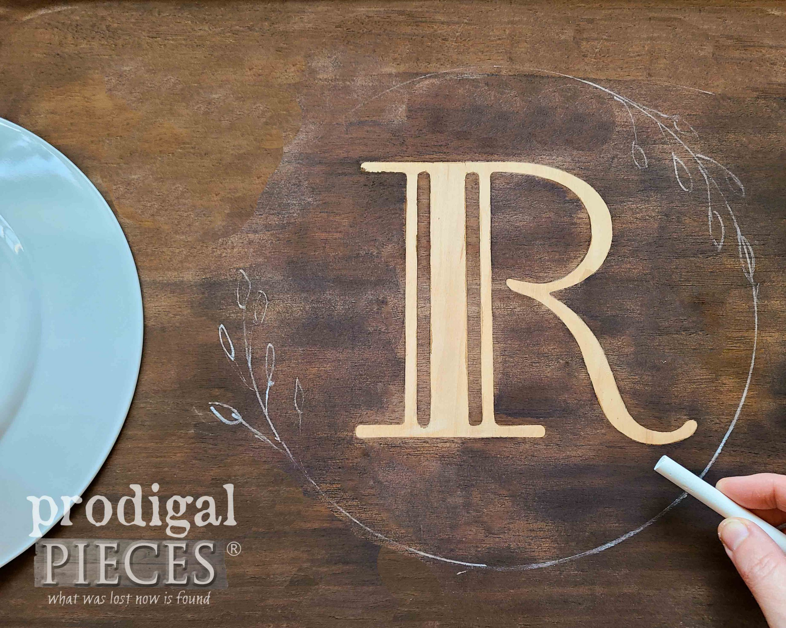 Drawing Wreath Around Monogram for Vintage Wooden Tray by Larissa of Prodigal Pieces | prodigalpieces.com #prodigalpieces