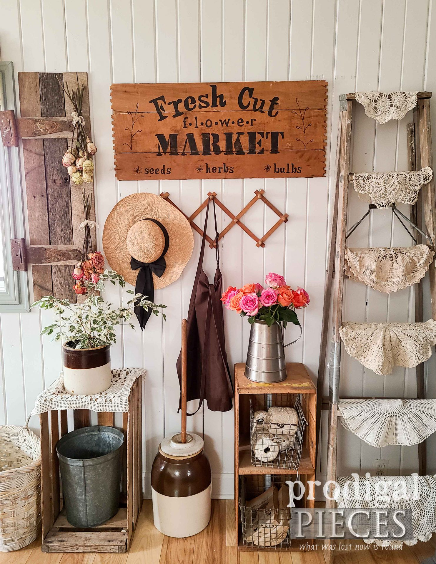 Farmhouse Flower Market Sign Made from Repurposed Broken Drawers by Larissa of Prodigal Pieces | prodigalpieces.com #prodigalpieces #farmhouse #spring #home #homedecor
